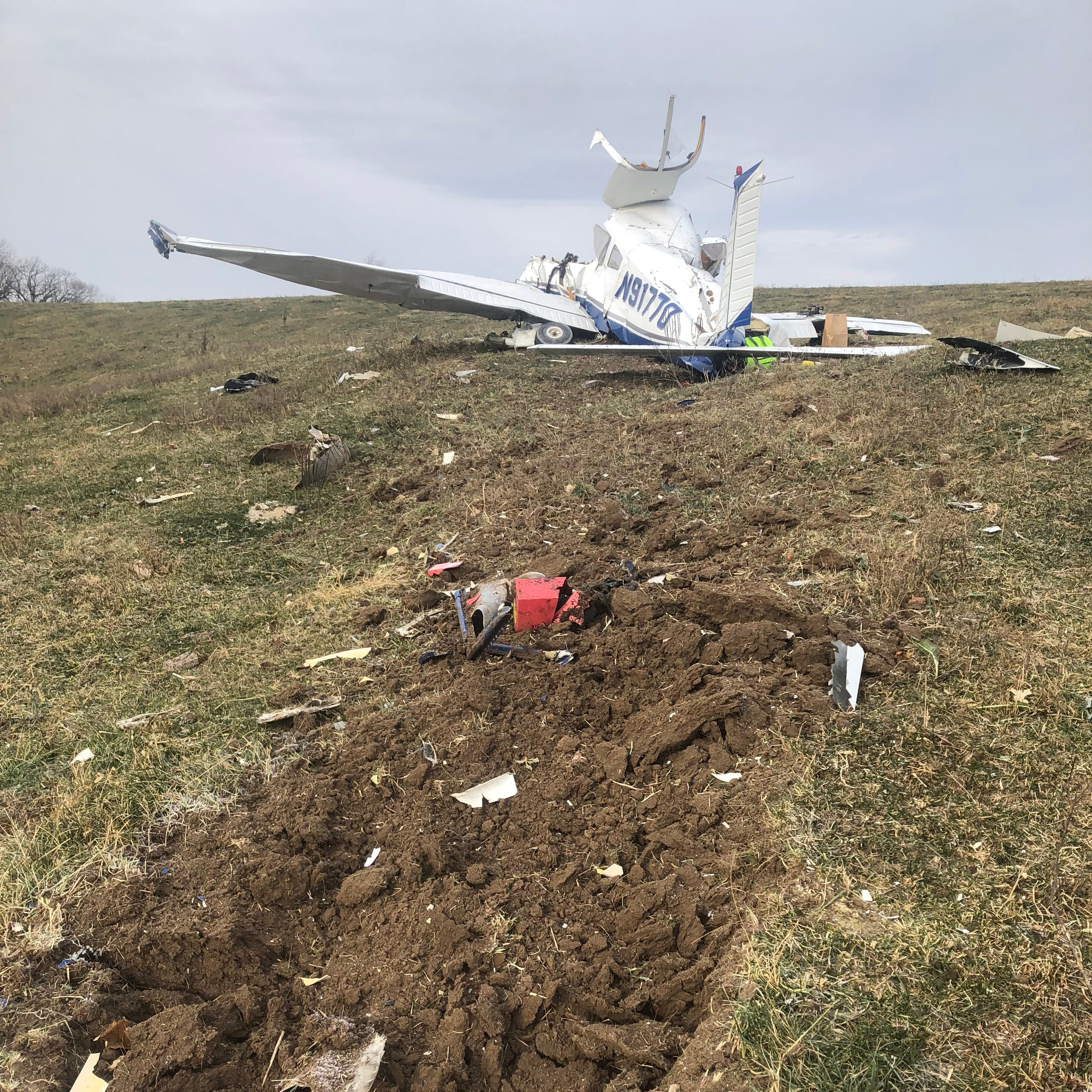 3 of 4 Iowans killed in plane crash were related; pilot 'loved flying,' pastor says
