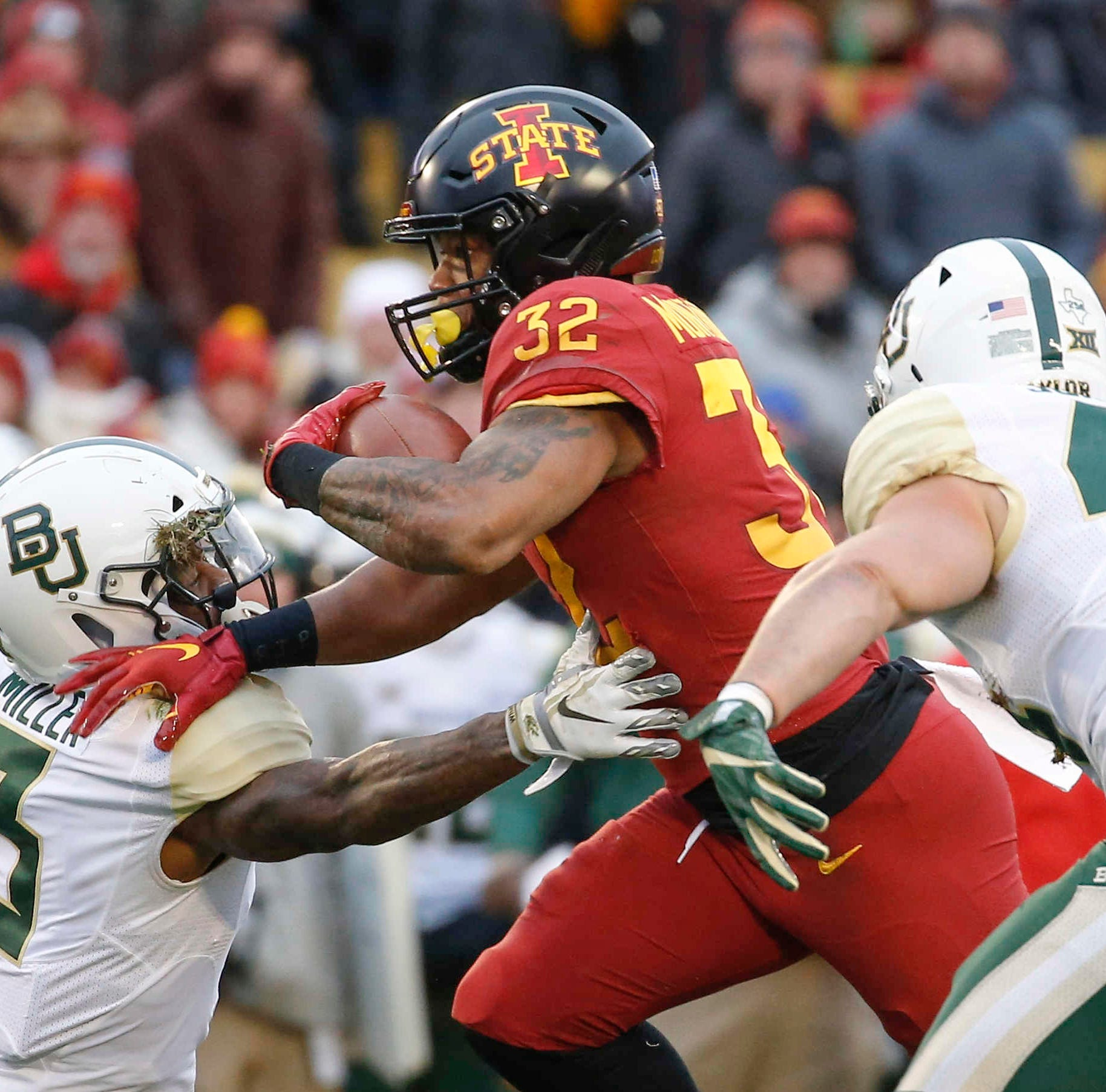 Texas expects Iowa State to rally around David Montgomery's first-half suspension