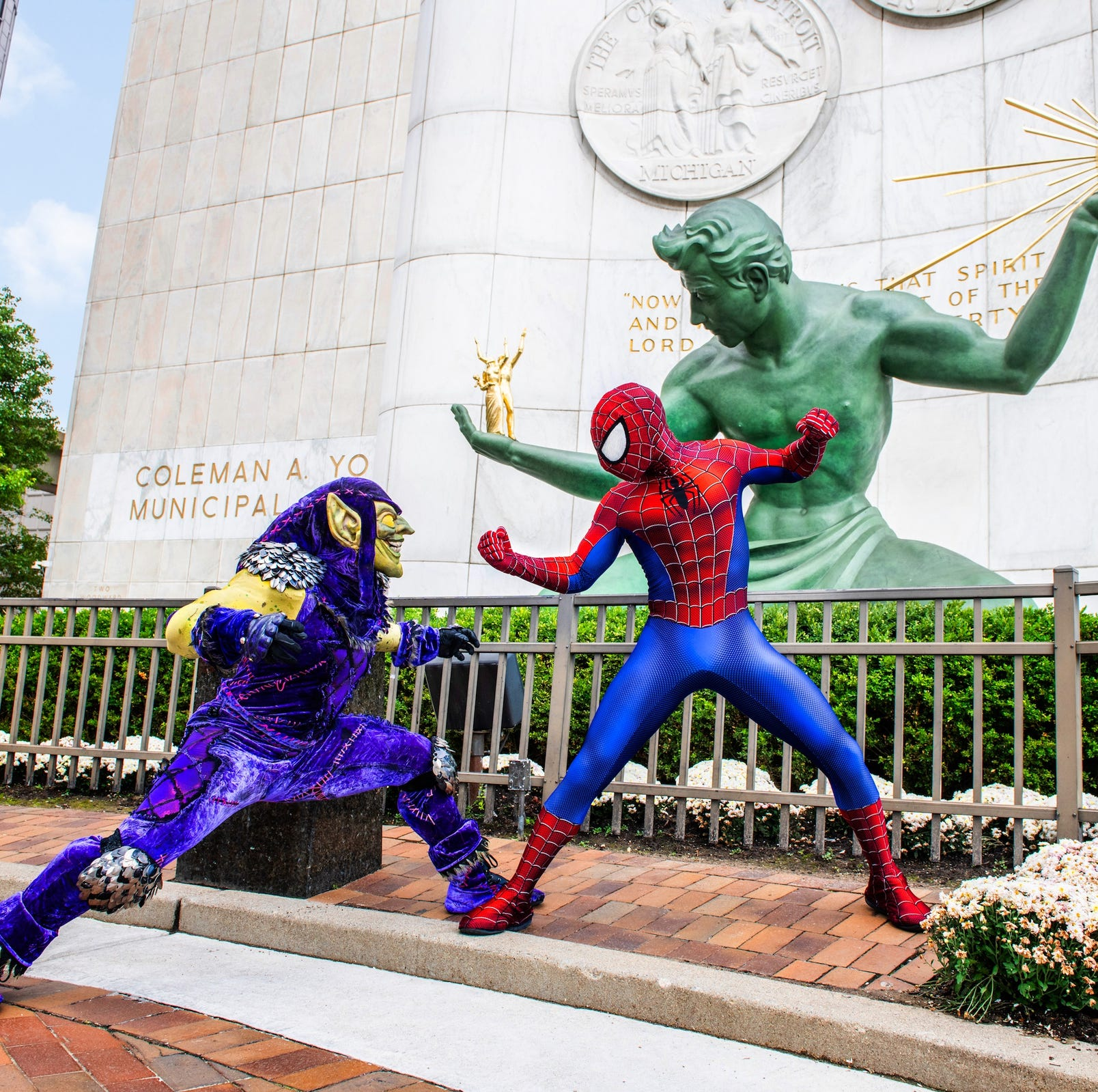 The weekend: 'Marvel Universe Live,' Detroit tree lighting