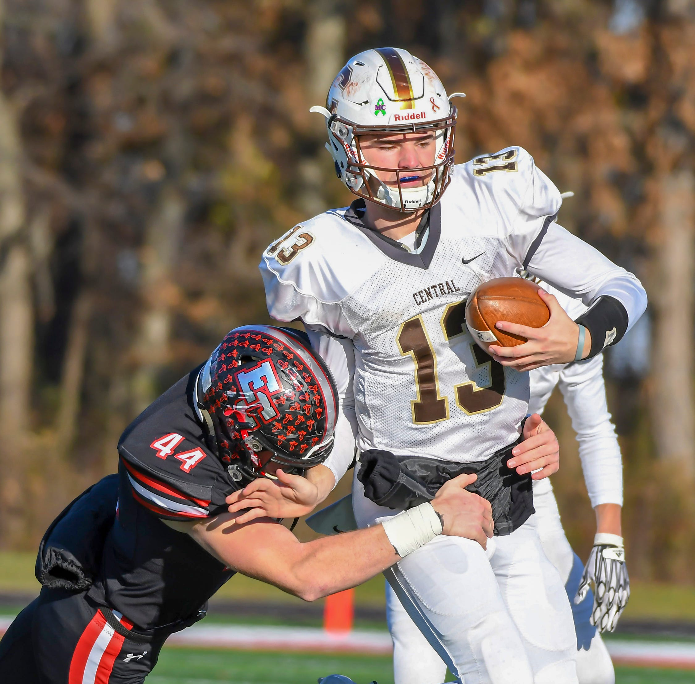 Updates from Evansville-area semistate football games