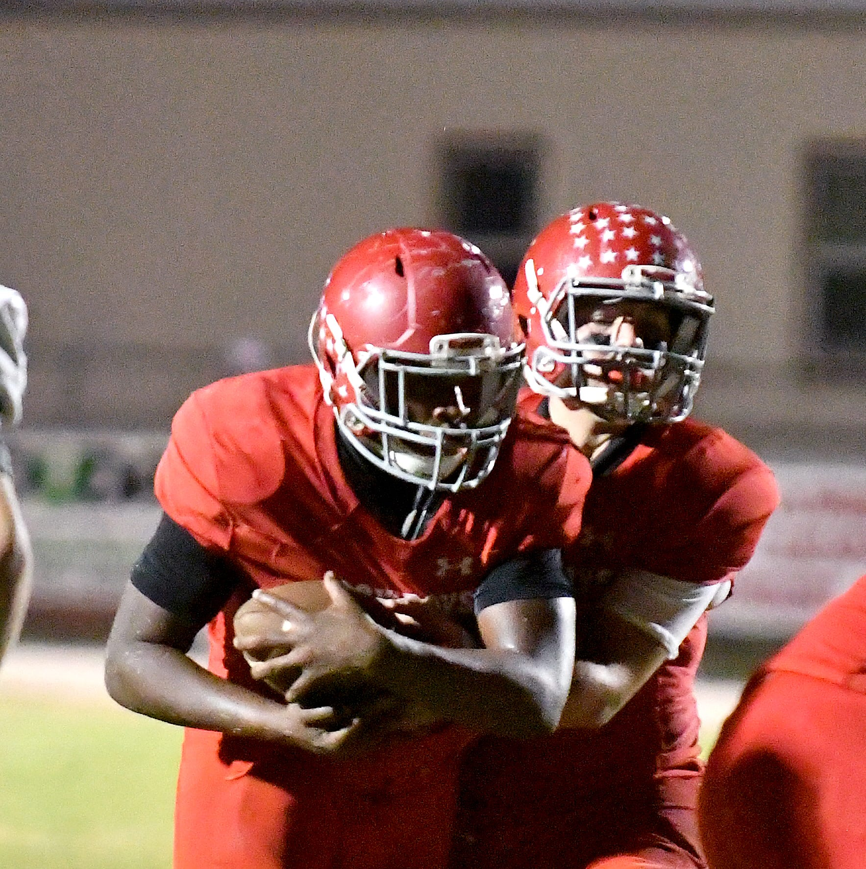 LaBelle football coach gives players freedom, players give coach 8 wins, playoff victory