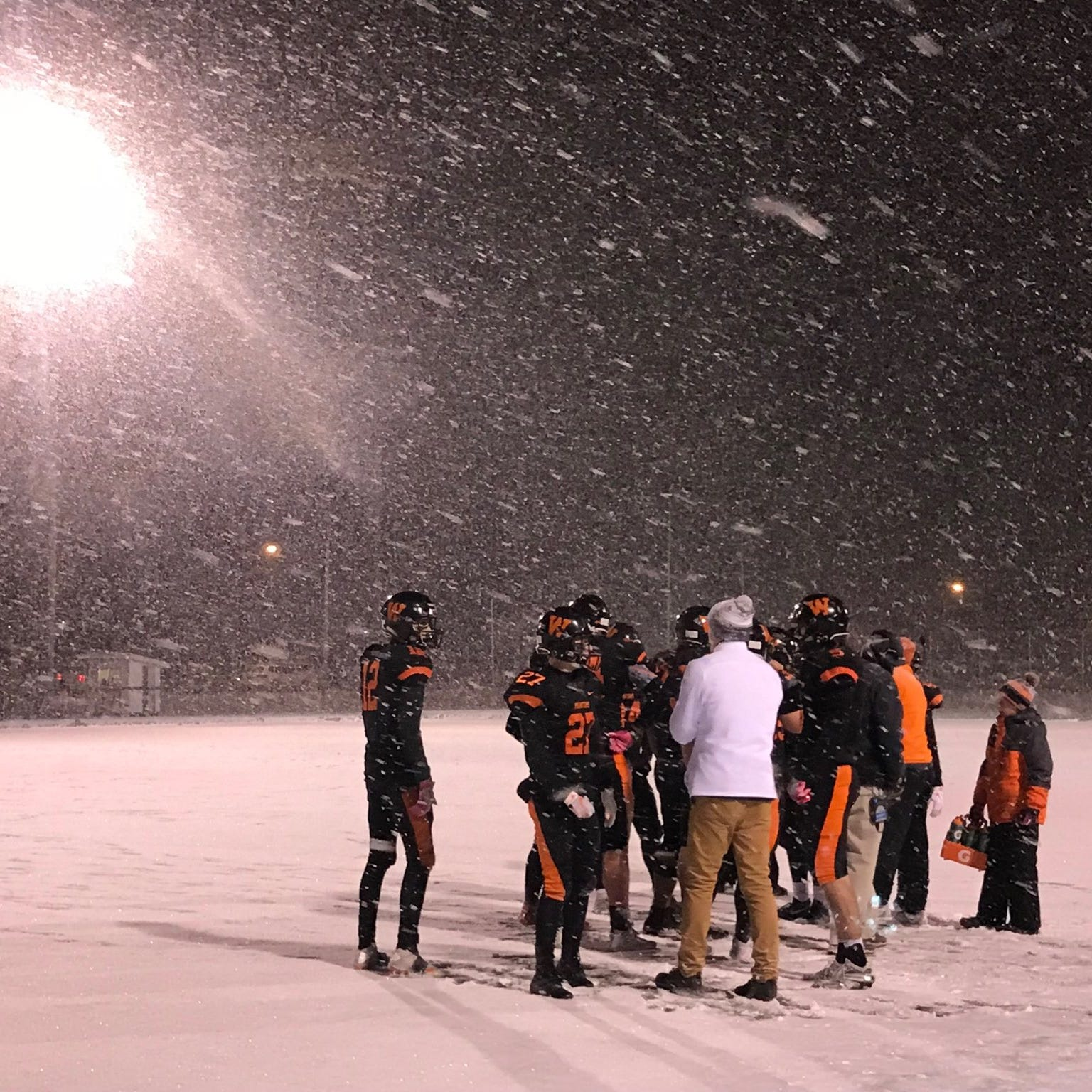 WIAA football: West De Pere marches into Division 3 title game