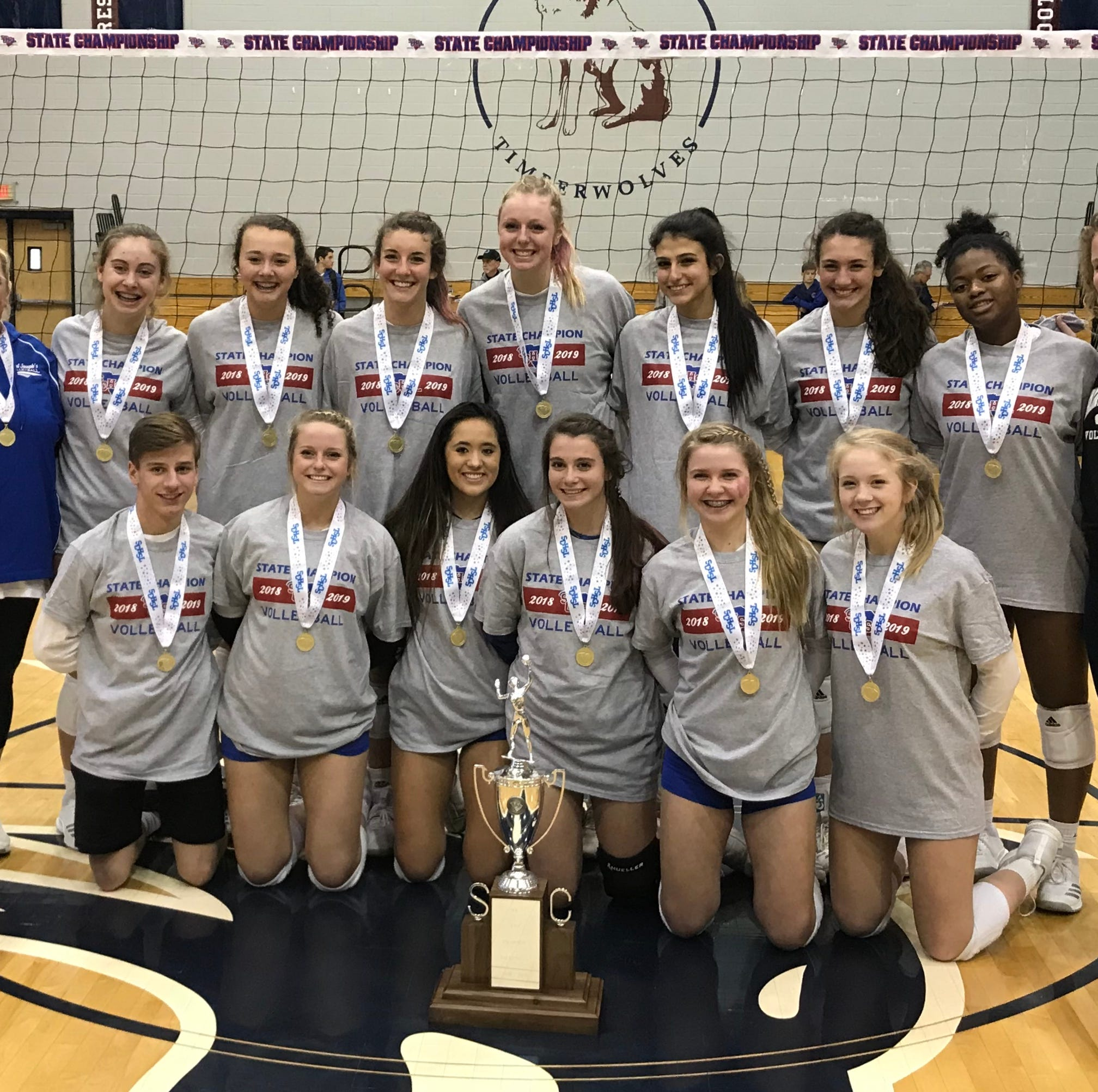 The St. Joseph's volleyball team won its eighth straight state championship with a sweep over Oceanside Collegiate on Saturday