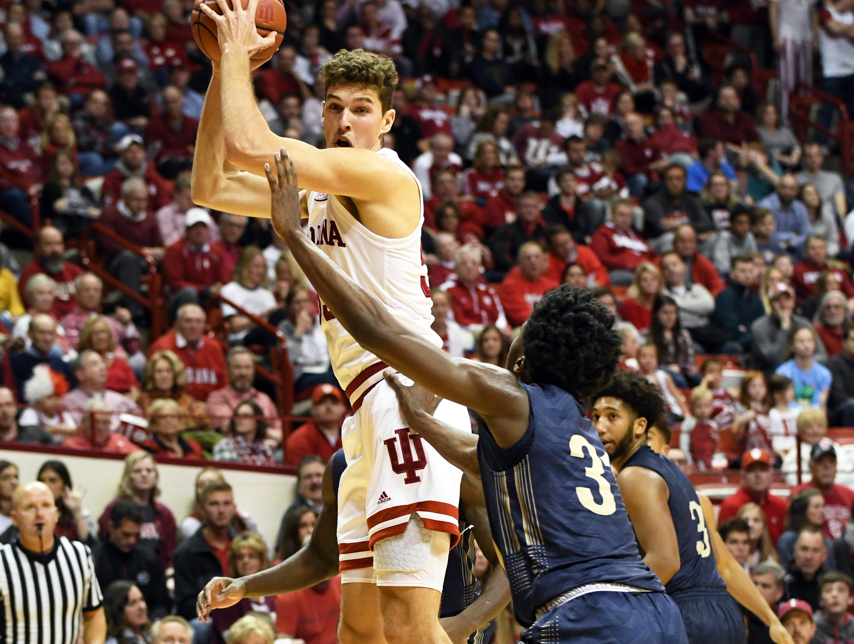 Indiana Hoosiers forward Evan Fitzner (55) catches a pass during the game against Montana State at Simon Skjodt Assembly Hall in Bloomington, Ind., on Friday, Nov. 9, 2018.