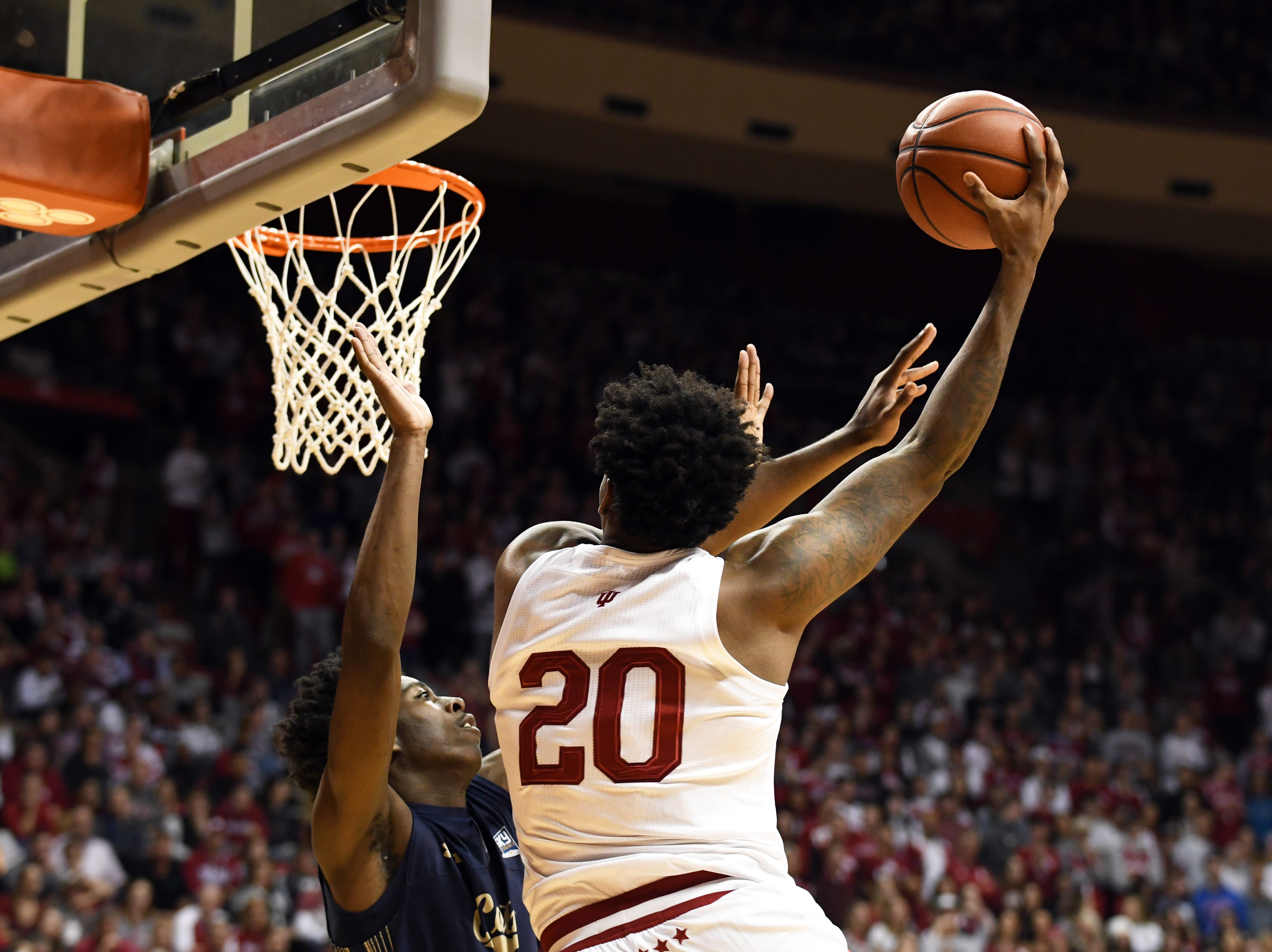 Indiana Hoosiers forward De'Ron Davis (20) makes a hook shot during the game against Montana State at Simon Skjodt Assembly Hall in Bloomington, Ind., on Friday, Nov. 9, 2018.