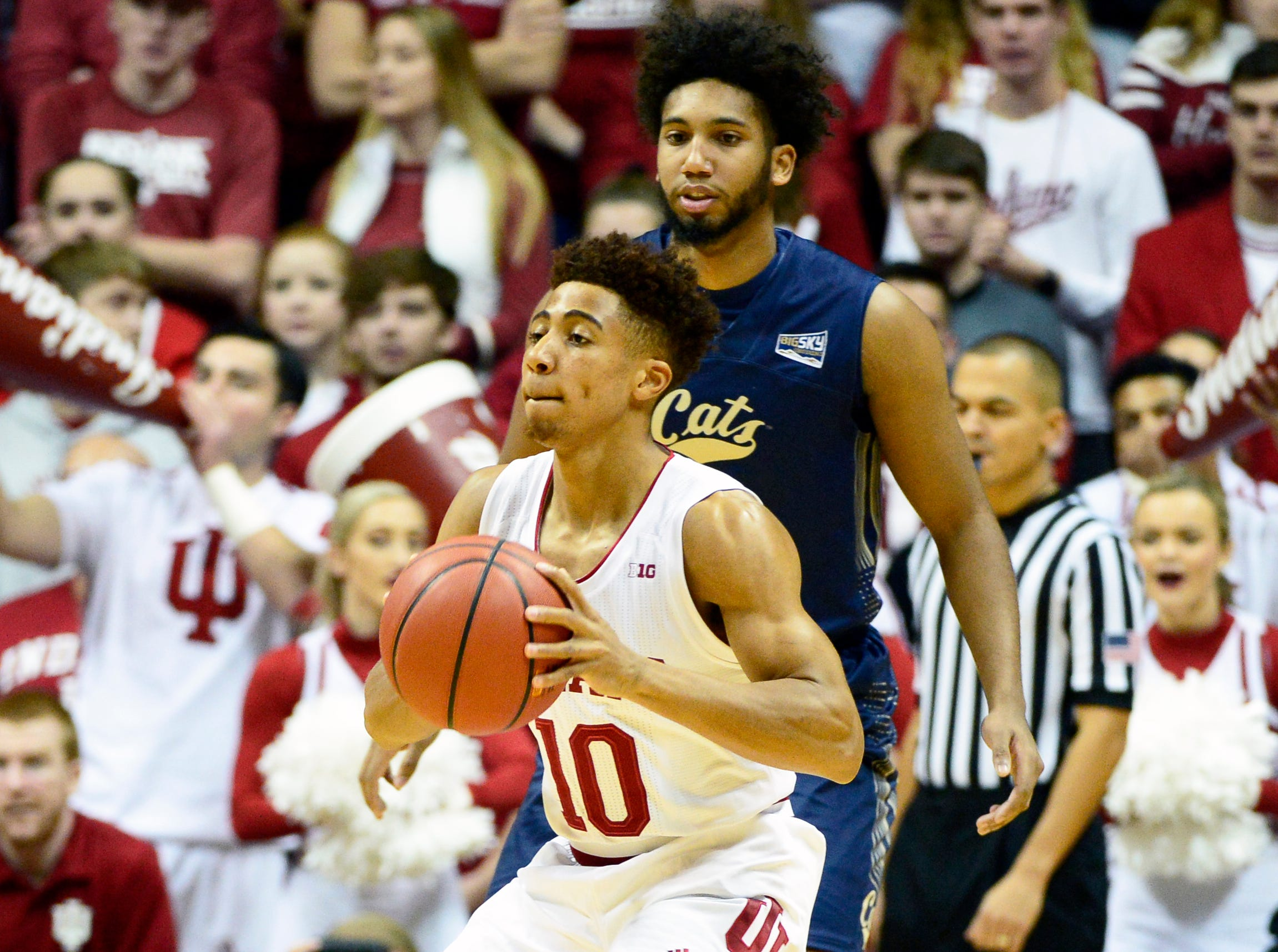 Indiana Hoosiers guard Rob Phinisee (10) looks to pass the ball during the game against Montana State at Simon Skjodt Assembly Hall in Bloomington, Ind., on Friday, Nov. 9, 2018.