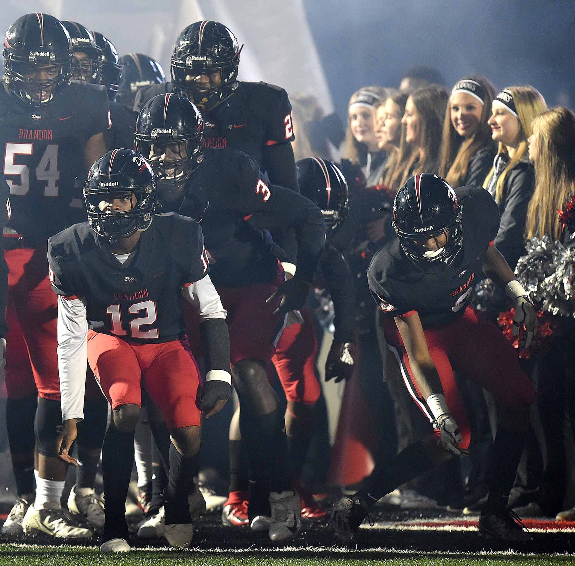 Live updates: #MSPreps high school football playoffs