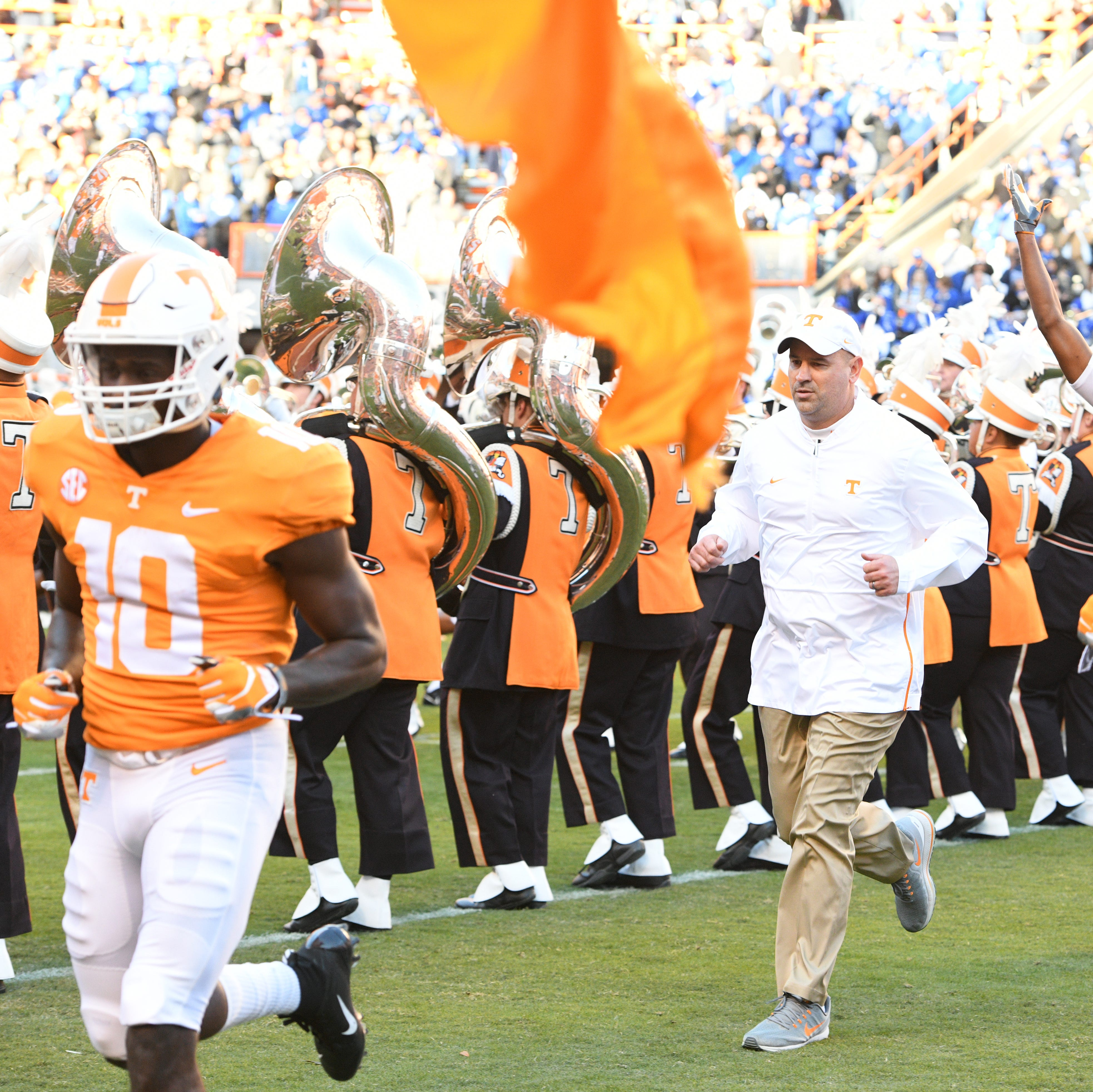 UT Vols: How Tennessee football coach Jeremy Pruitt handles recruiting visits on game day