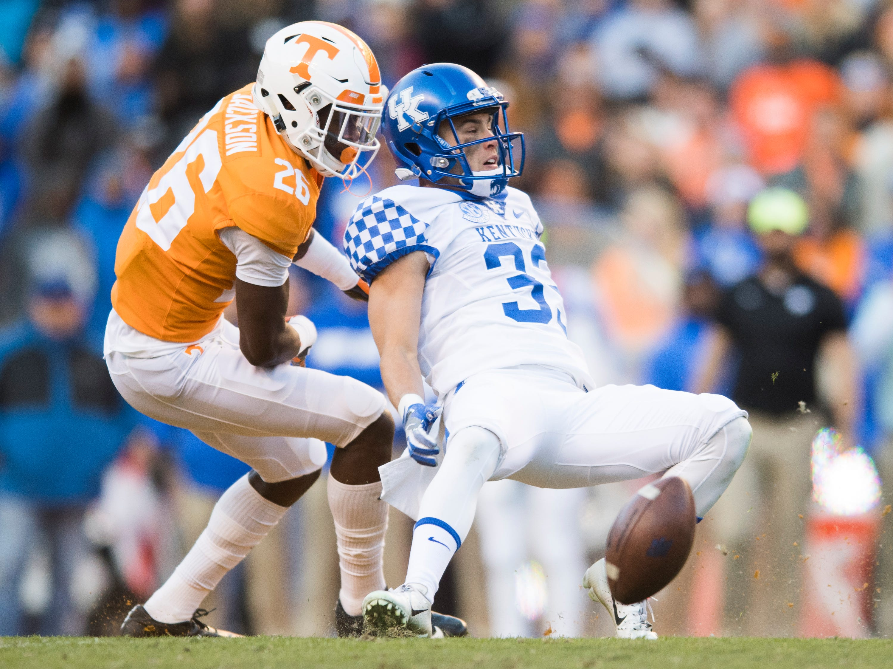 Kentucky wide receiver David Bouvier (33) is denied the pass by Tennessee defensive back Theo Jackson (26) during a game between Tennessee and Kentucky at Neyland Stadium in Knoxville, Tennessee on Saturday, November 10, 2018.