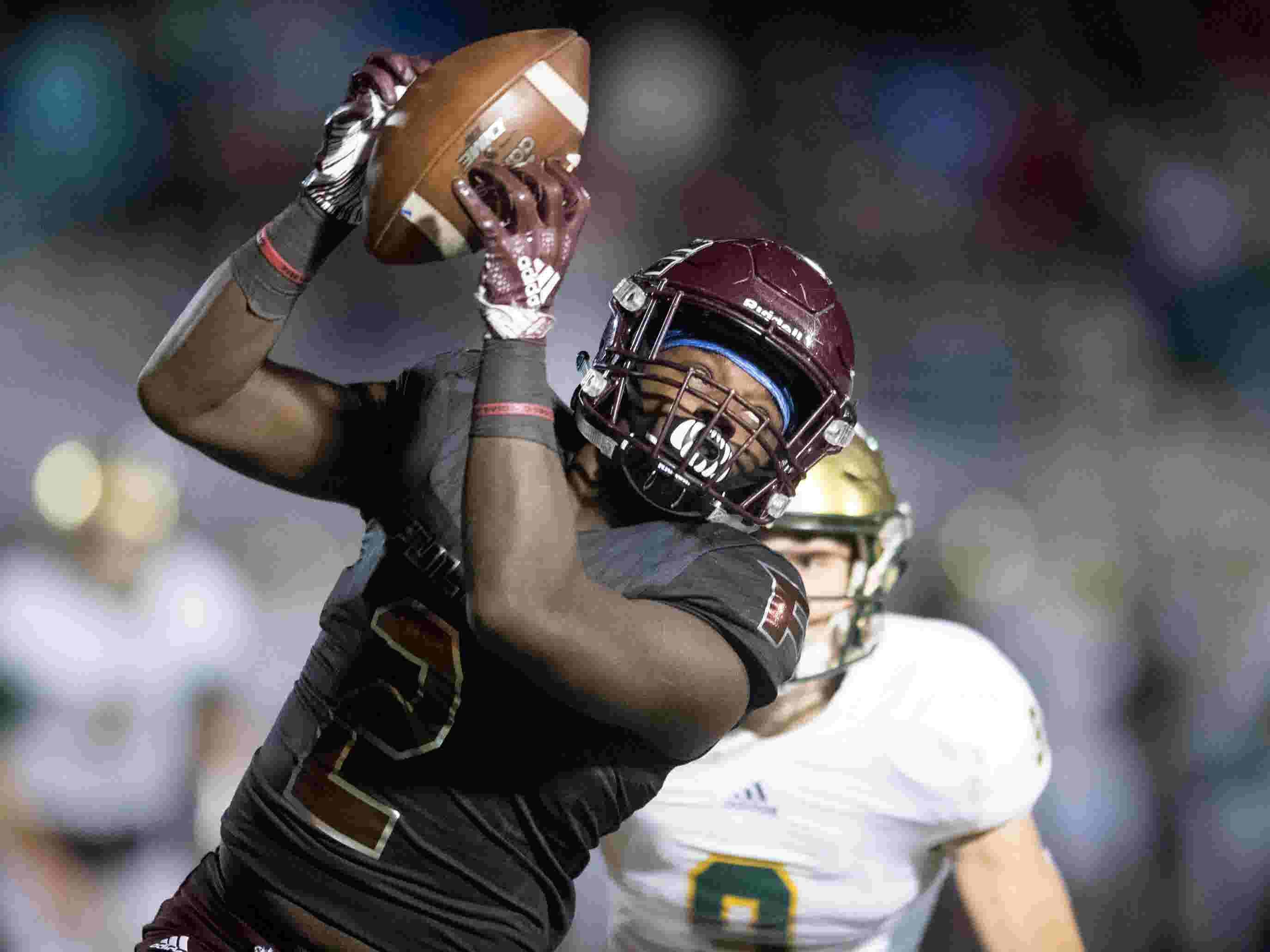 High School Football Top Knoxville Area Teams Entering Quarterfinals