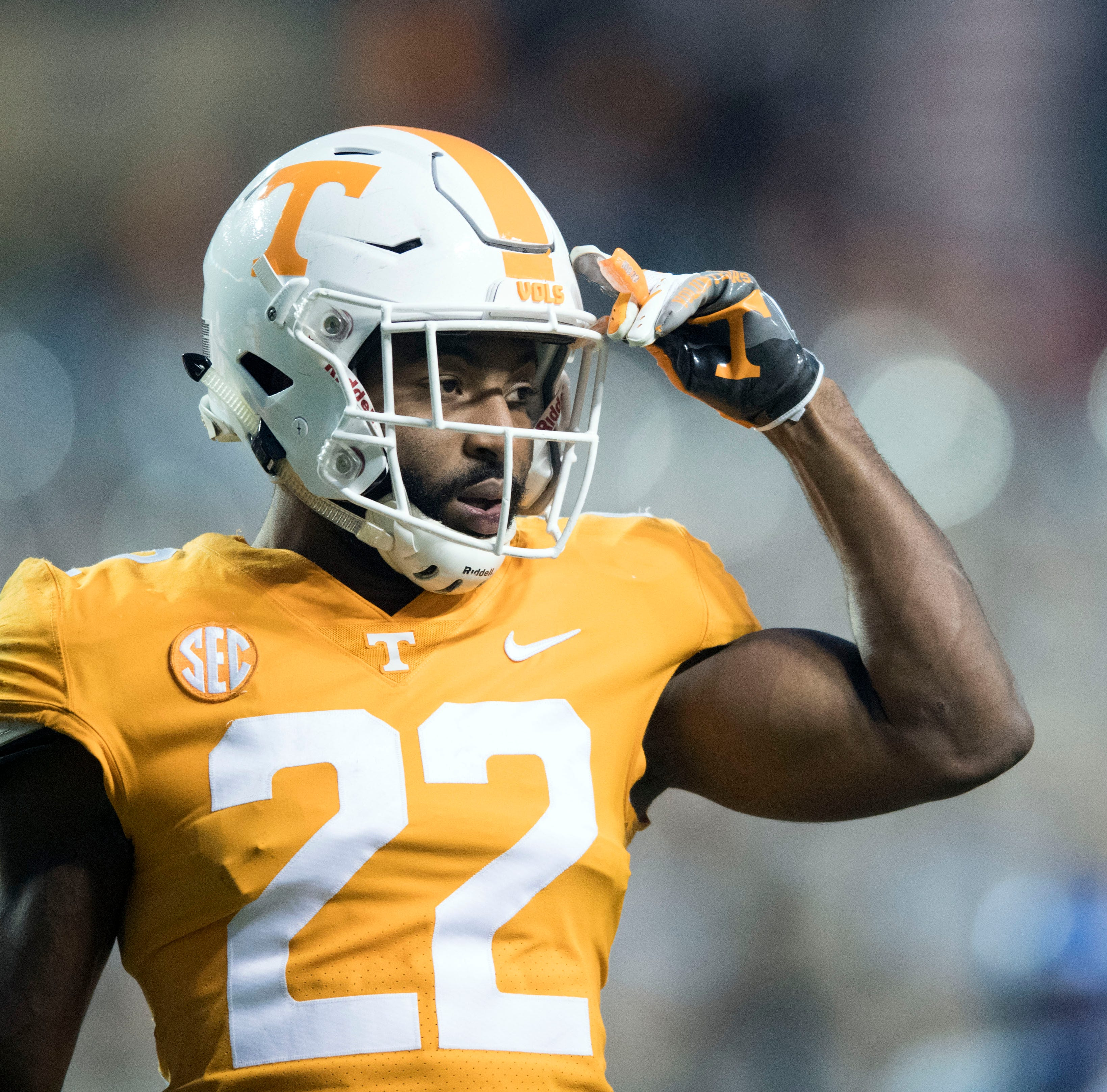Tennessee football: Micah Abernathy, Shy Tuttle earn undrafted free agent deals
