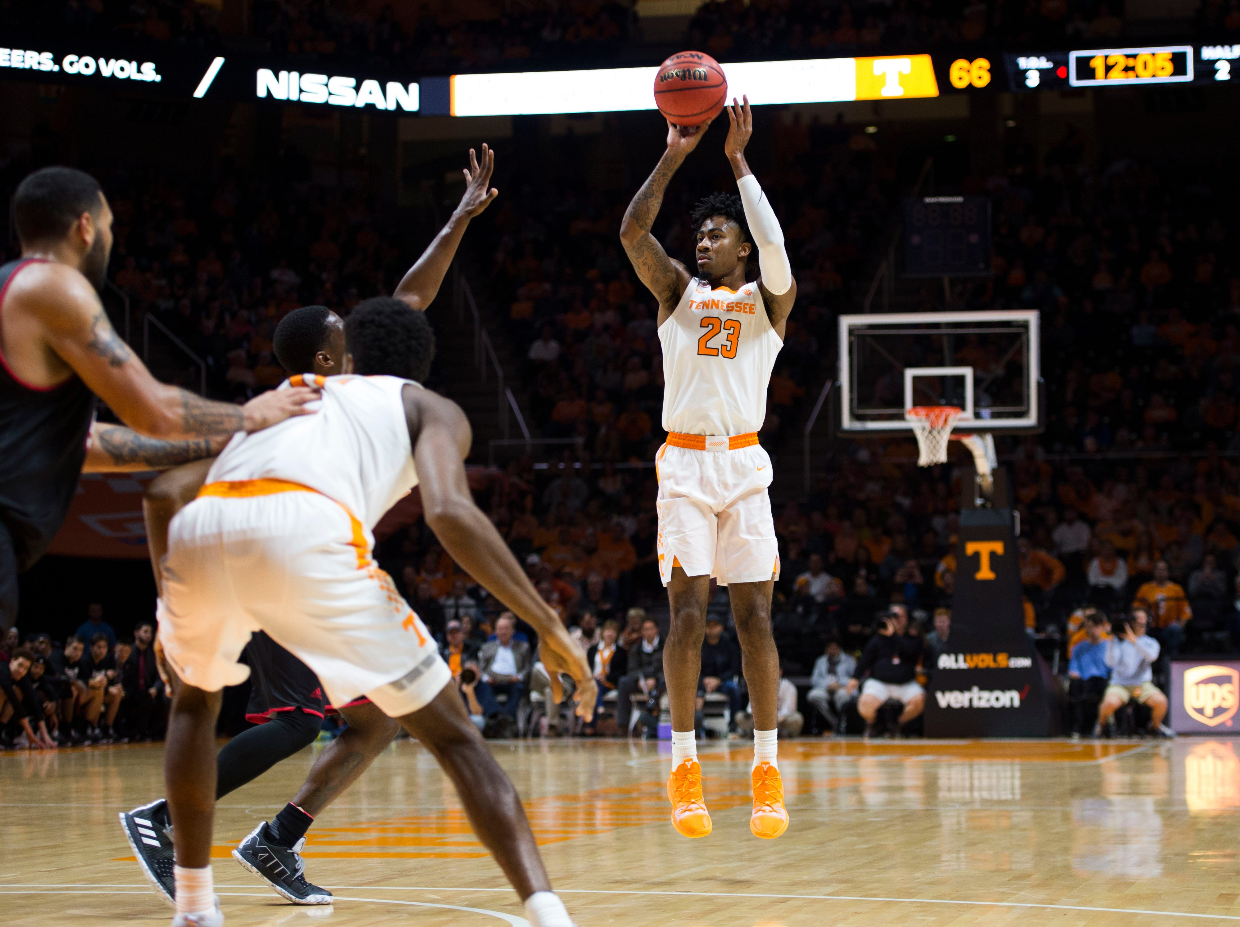 Tennessee's Jordan Bowden (23) takes a shot during a game between Tennessee and Louisiana in Thompson-Boling Arena Friday, Nov. 9, 2018. Tennessee defeated Louisiana 87-65.
