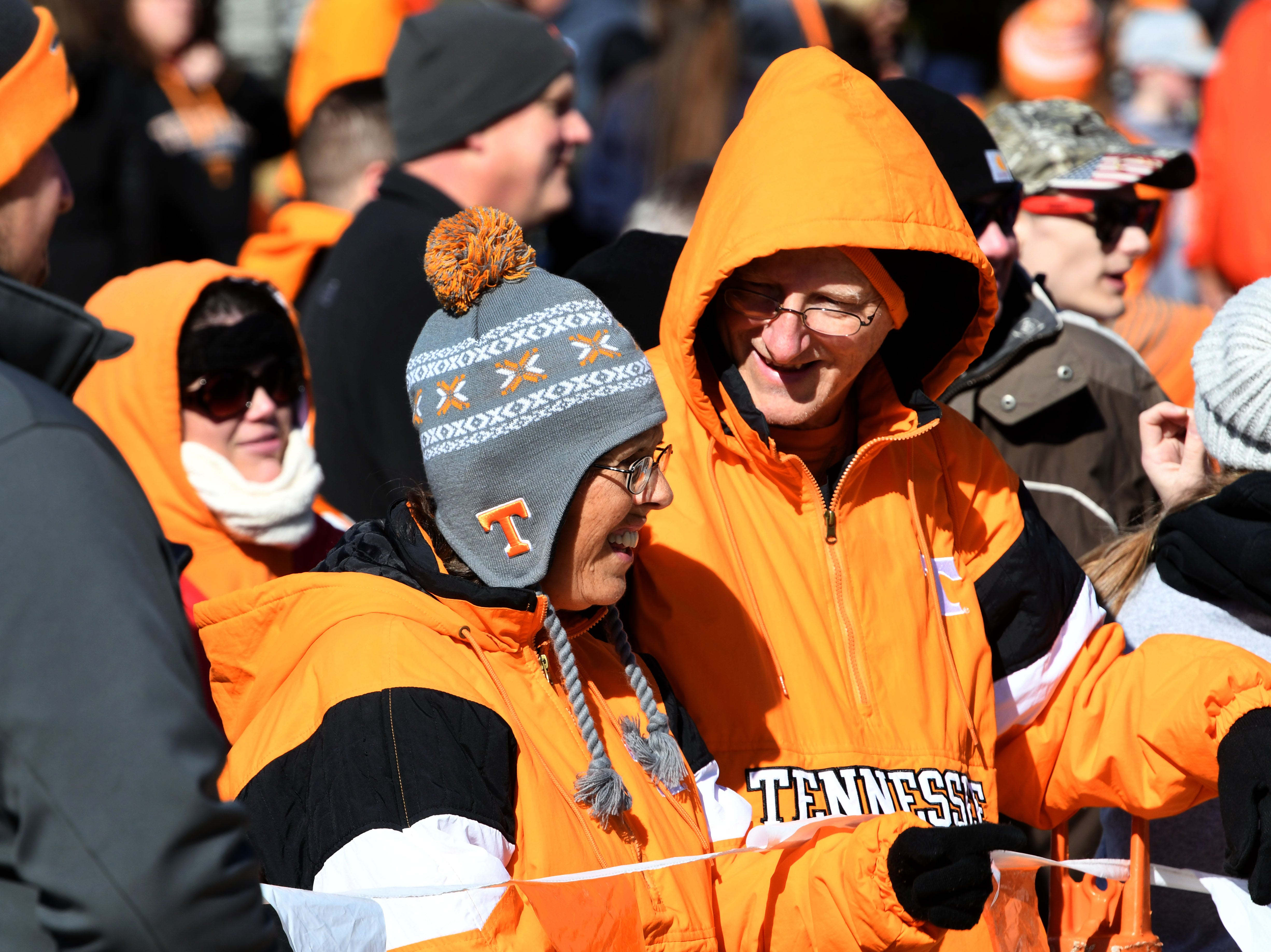 Bumbles up Tennessee fans during the Vol Walk before the Kentucky game Saturday, November 10, 2018 at Neyland Stadium in Knoxville, Tenn.