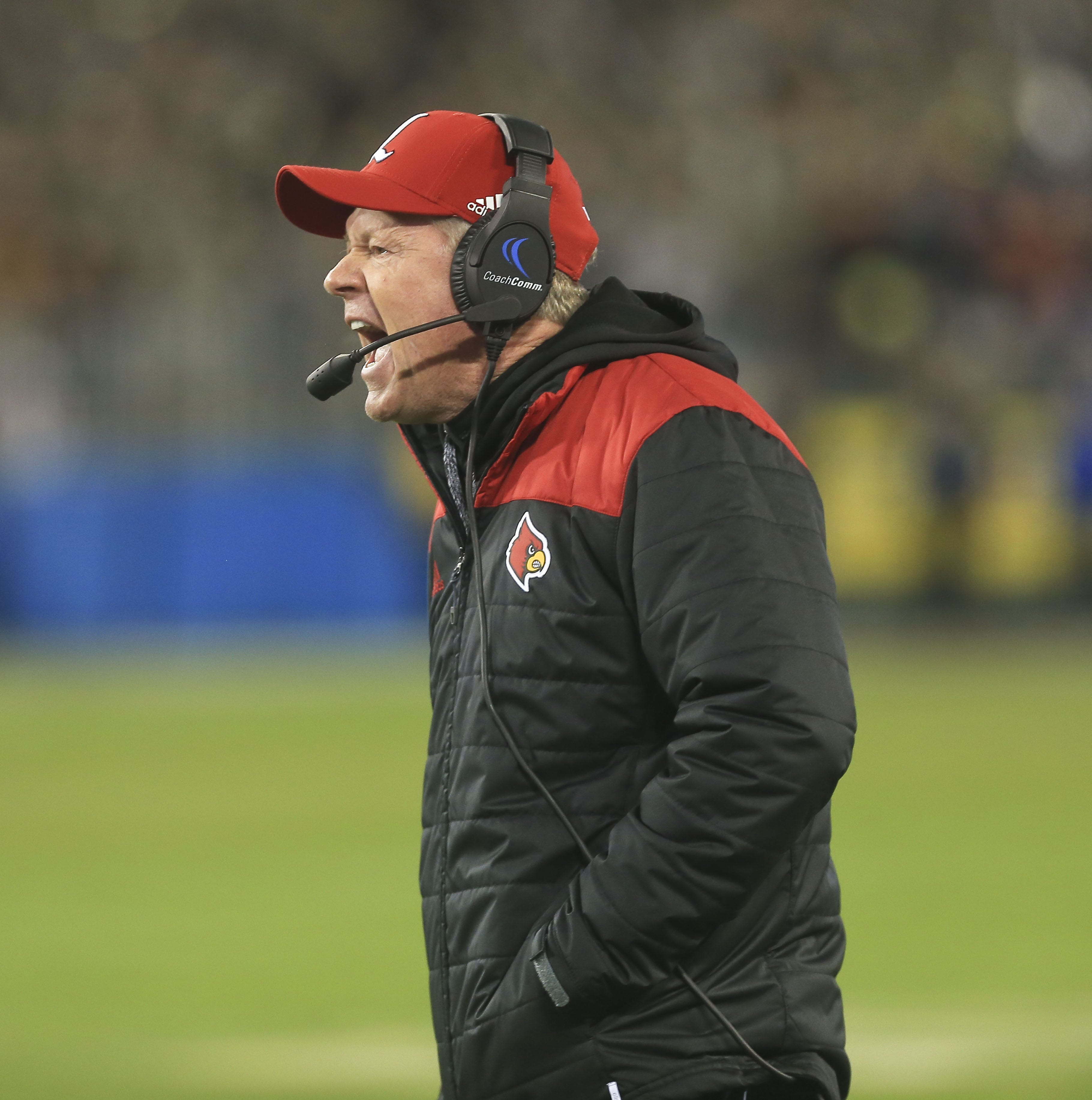 Player effort — or lack thereof — hastens Bobby Petrino's exit