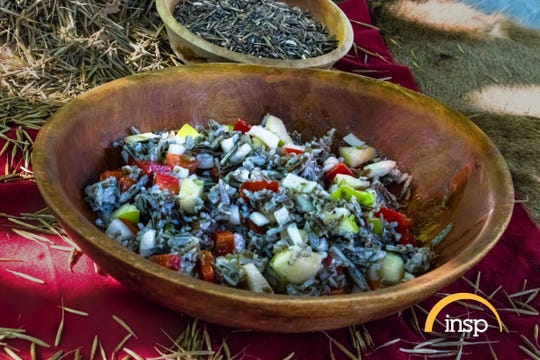 An upcoming episode of State Plate with Taylor Hicks on Nov. 19 will feature Barb Barton of Lansing showing Hicks how to prepare Michigan's wild rice, and then to make Shiloh Maples' recipe, Autumn Wild Rice Salad.
