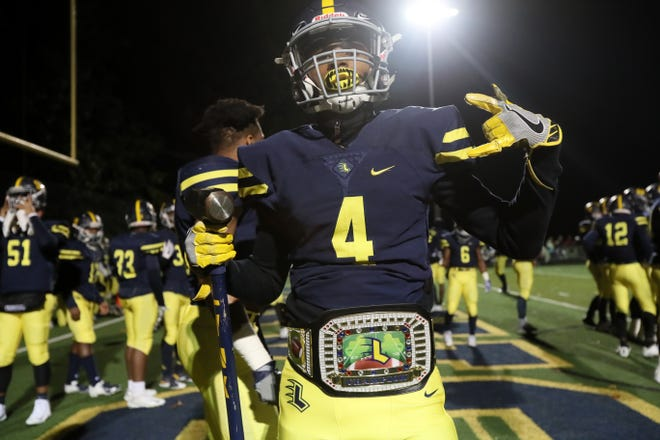 Lausanne's Cameron Sims prepares to take the field against Evangelical Christian School during their TSSAA playoff game at Lausanne on Friday, Nov. 9, 2018.