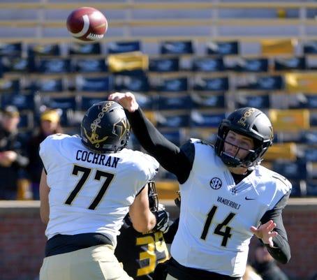 Ncaa Football Vanderbilt At Missouri