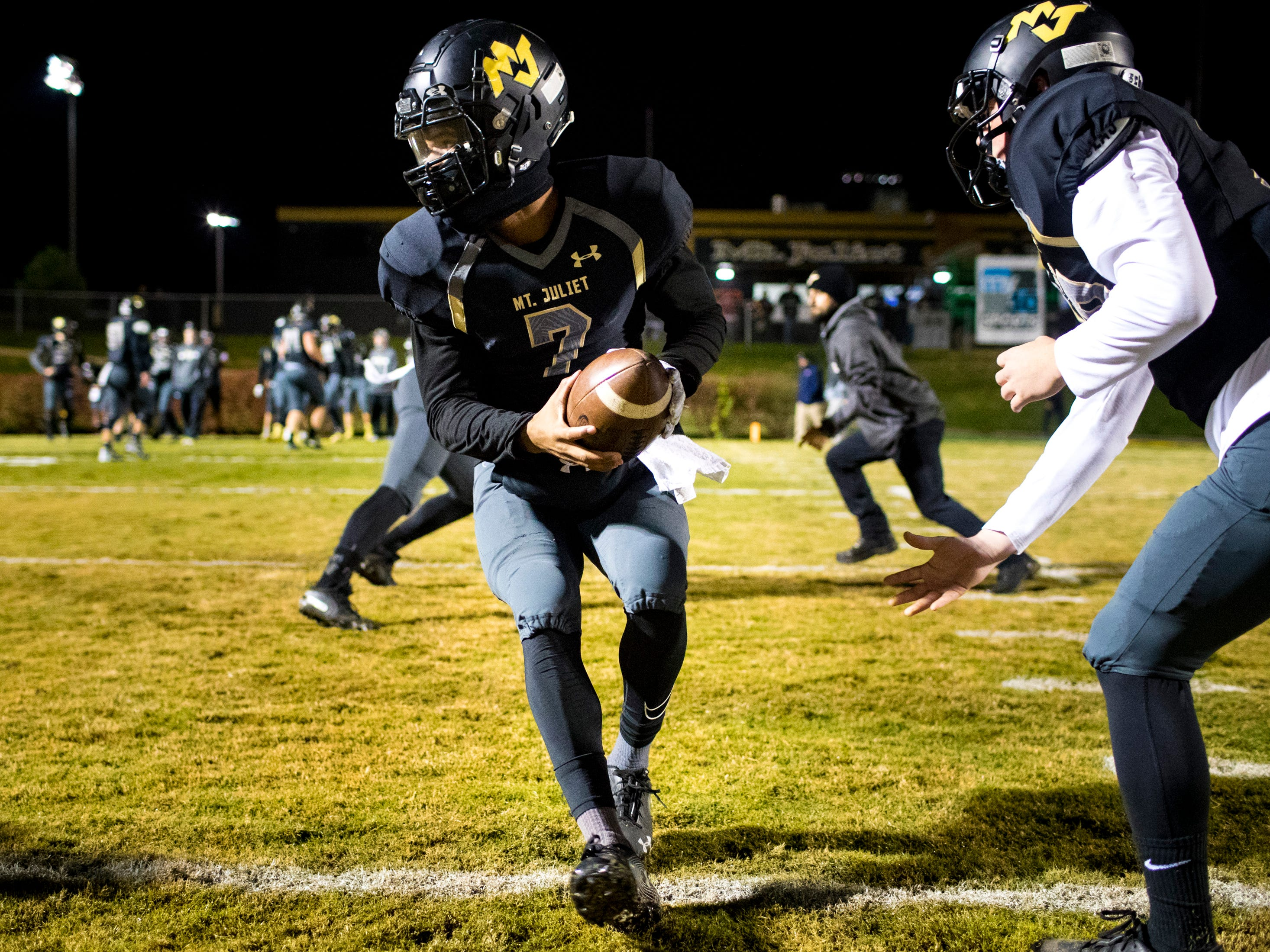 Mt. Juliet's Alvin Mixon (7) warms up before Mt. Juliet's game against Blackman at Mt. Juliet High School in Mt. Juliet on Friday, Nov. 9, 2018.