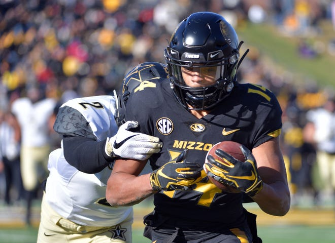 Missouri wide receiver Dominic Gicinto (14) catches a pass against Vanderbilt during a game in 2018 at Faurot Field.