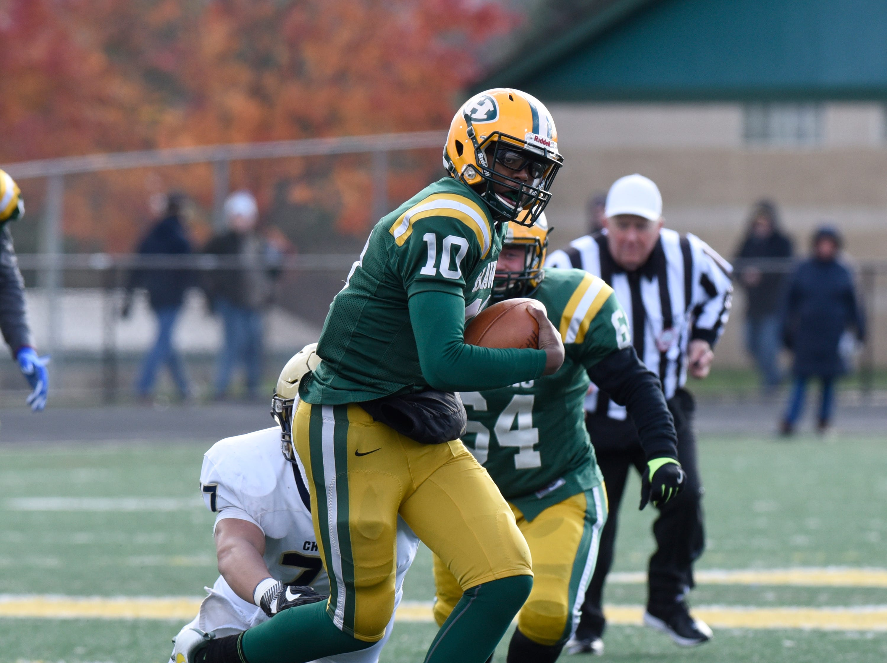 Farmington Harrison QB Keel Watson (10) during first half of the Division 4 regional final played at Buller Field Nov. 10, 2018
