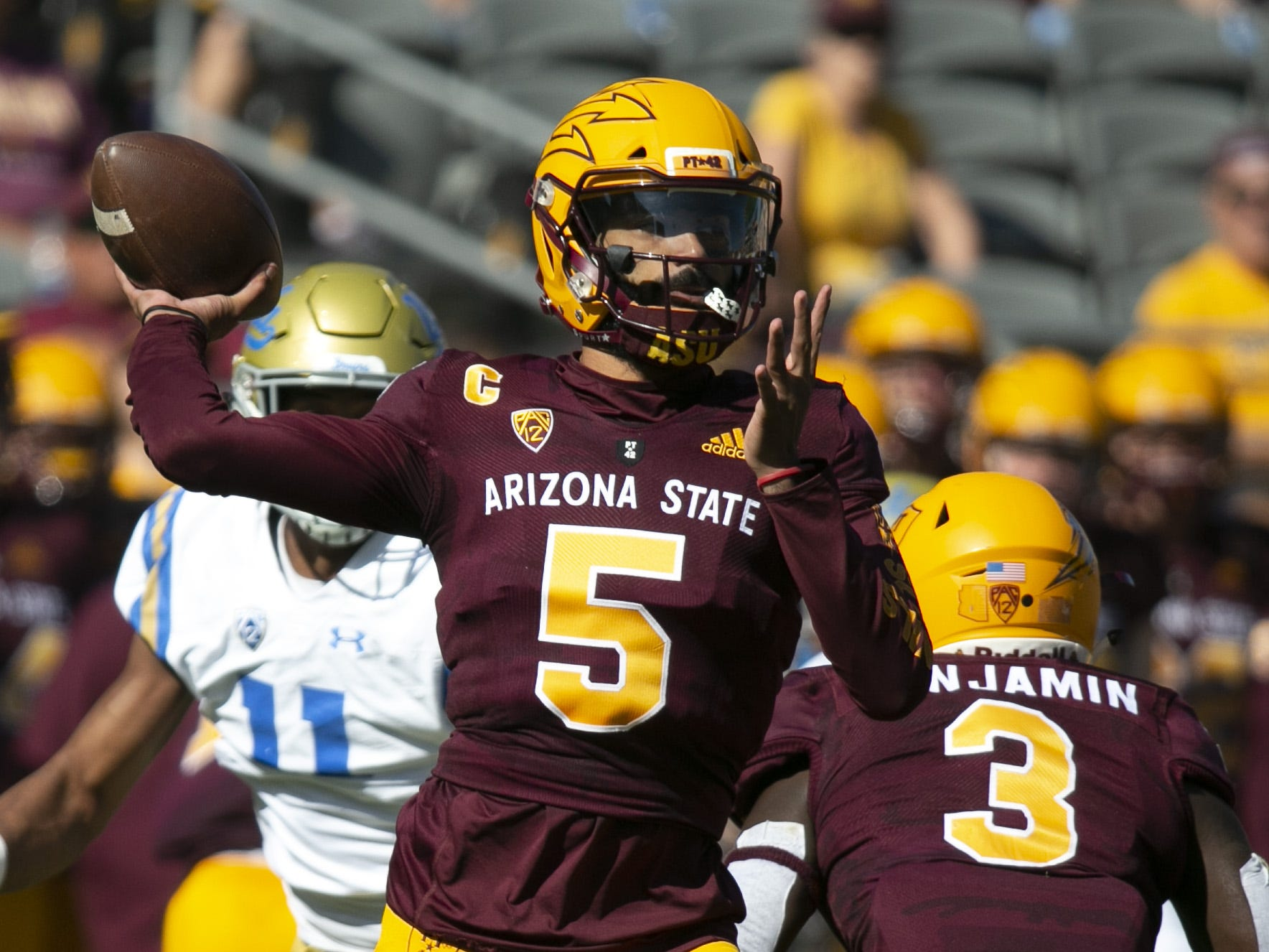 ASU quarterback Manny Wilkins passes during the first quarter of the PAC-12 college football game against UCLA at Sun Devil Stadium in Tempe on Saturday, November 10, 2018.