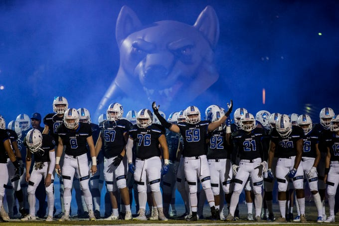 Chandler gets ready to take the field before the game against Mountain Pointe on Friday, Nov. 9, 2018, at Chandler High School in Chandler, Ariz.