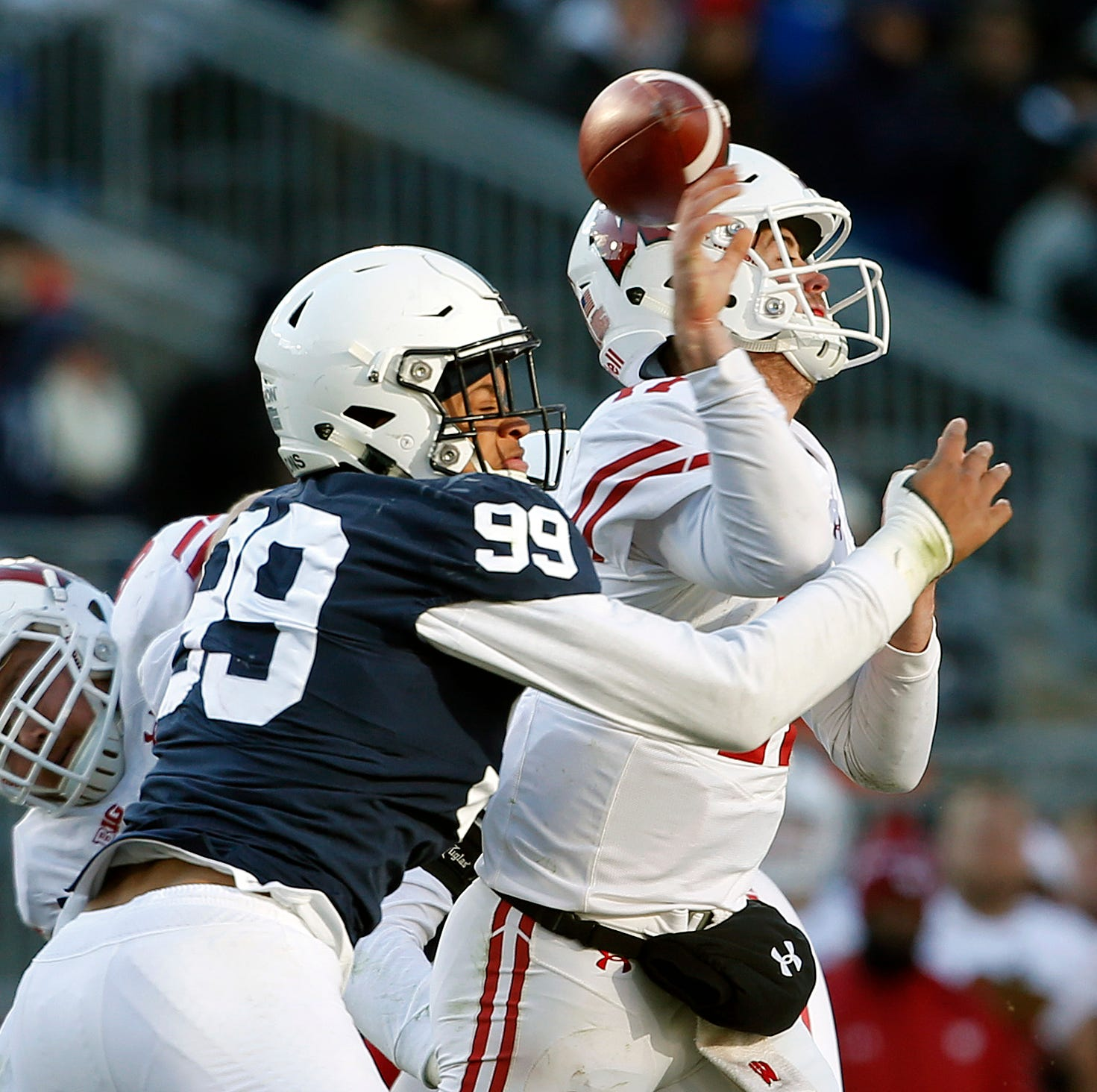 Penn State's unexpected saving grace: A defense that thrives behind DL Robert Windsor