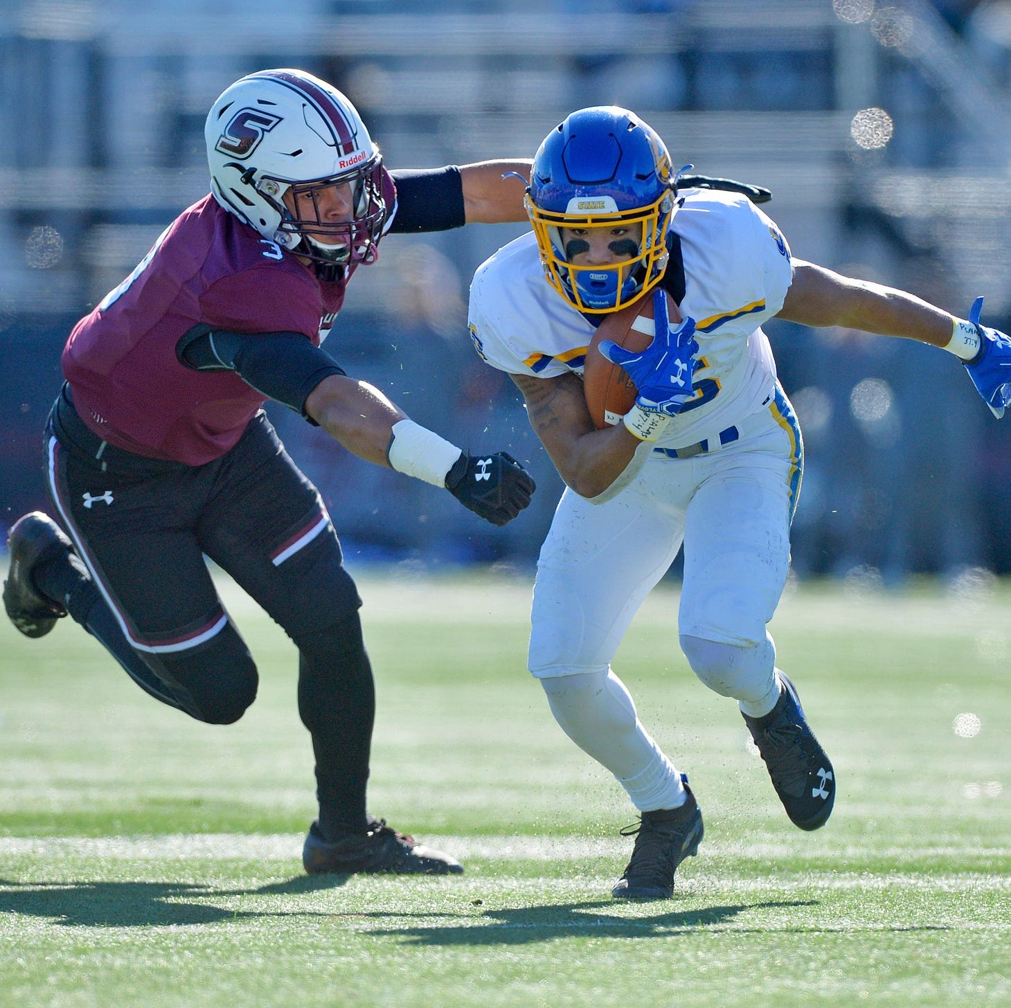 South Dakota State pushes closer to playoff berth after win over Southern Illinois in offensive shootout