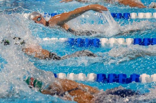 Tcn 1109 3a Swimming