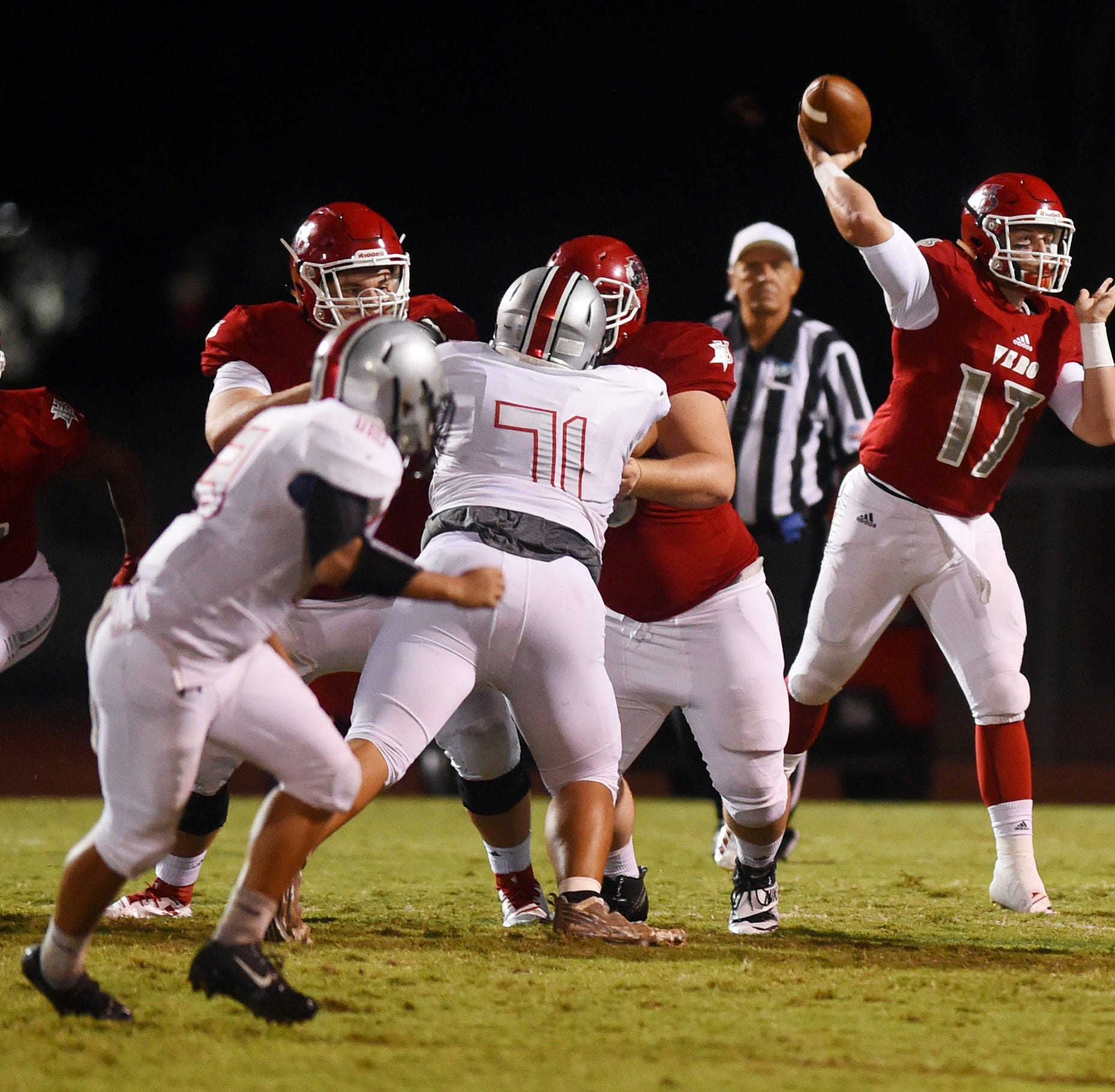 Vero Beach offense clicks in 48-6 quarterfinal rout