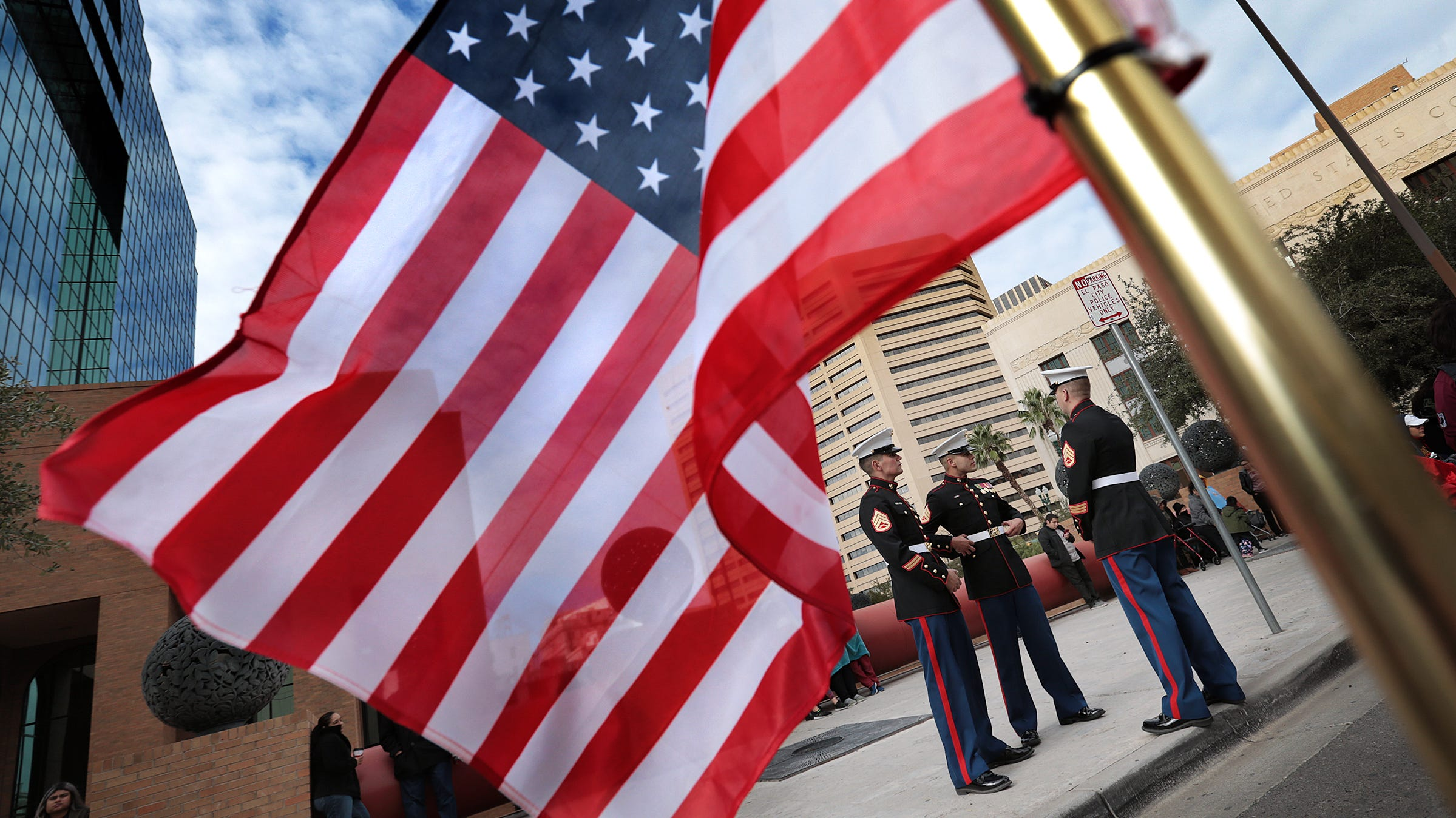 El Pasoans Lined Downtown Streets Saturday To Pay Tribute
