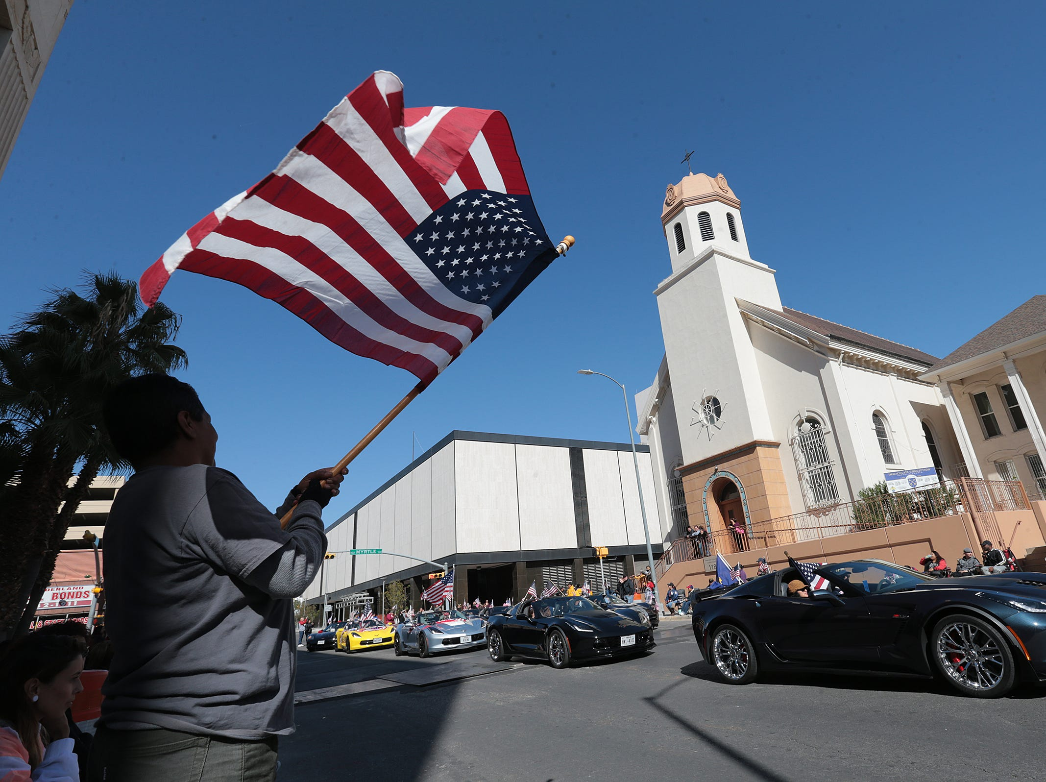 El Pasoans lined downtown streets Saturday to pay tribute to veterans at the annual El Paso Veteran's Day Parade.