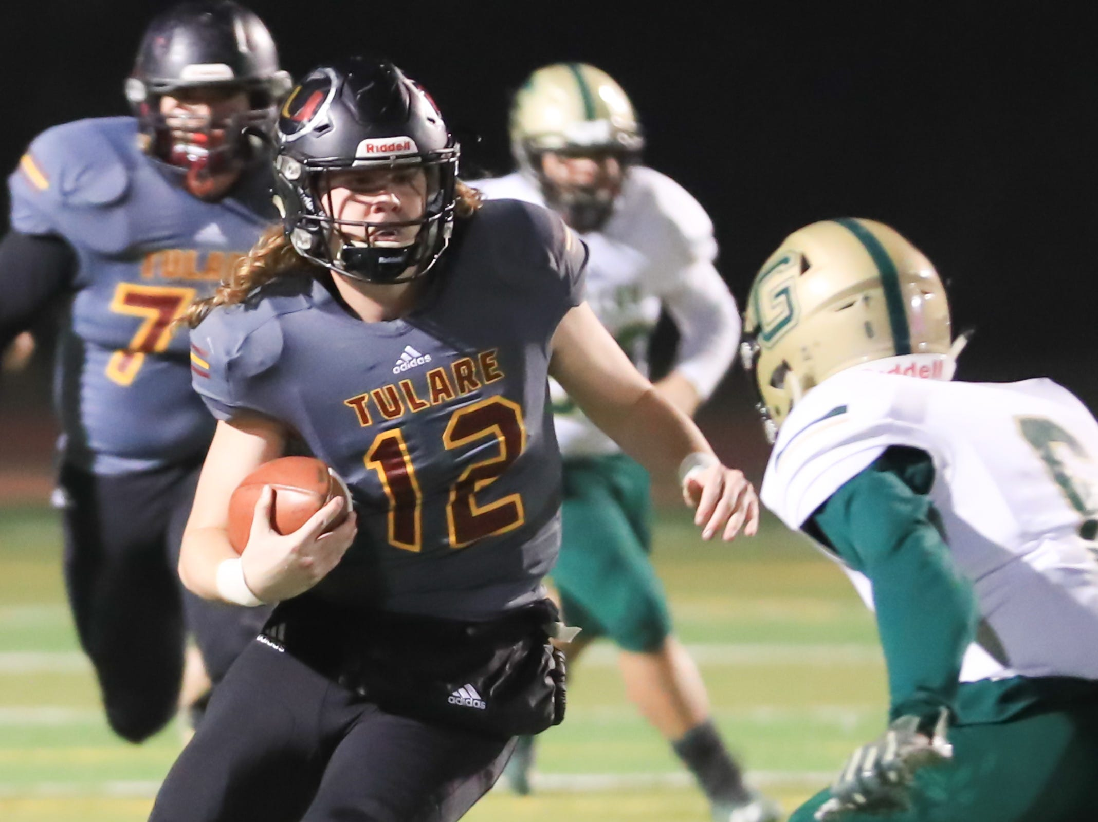 This semifinal playoff game will feature an all-Tulare County affair.