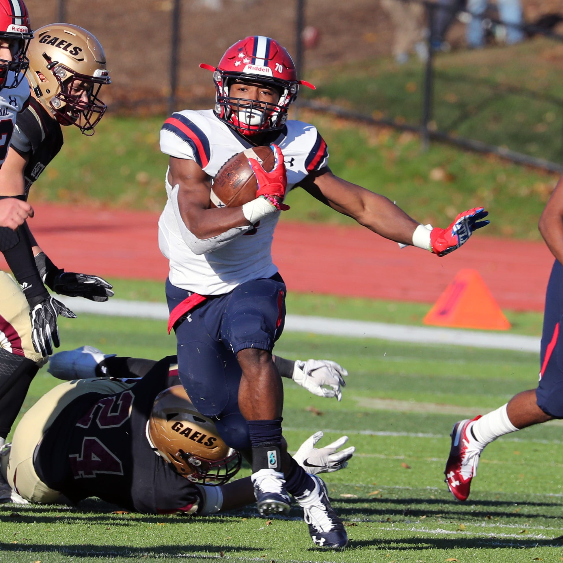 Football: Malik Grant runs for nearly 400 yards as Stepinac gets revenge on Iona Prep