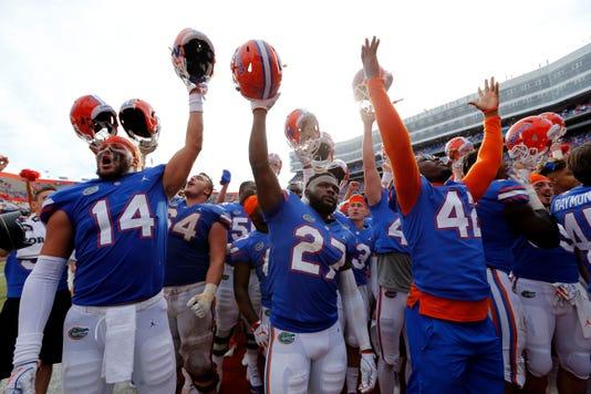 Ncaa Football South Carolina At Florida
