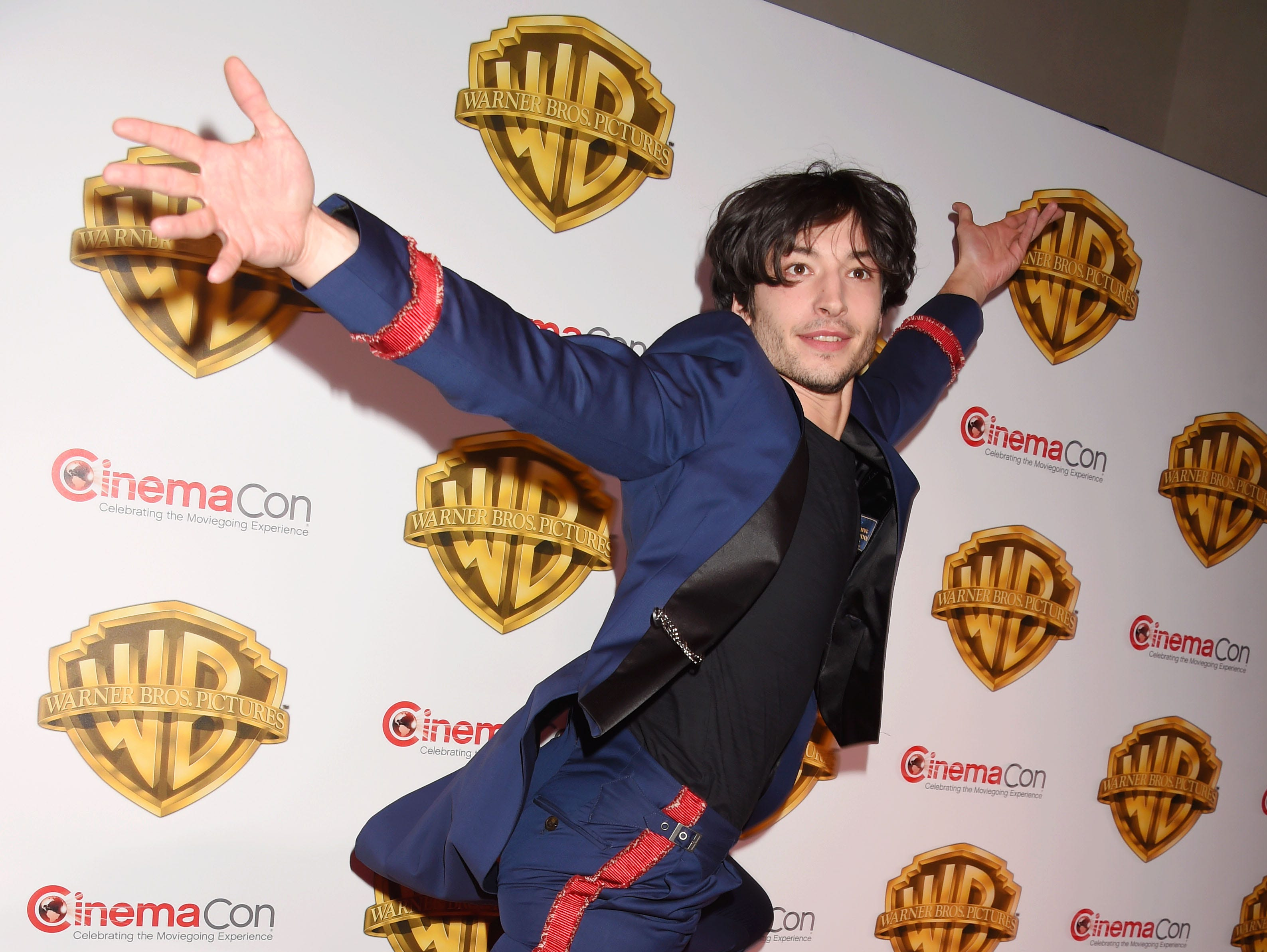 LAS VEGAS, CA - MARCH 29: Actor Ezra Miller arrives at the CinemaCon 2017 Warner Bros. Pictures presentation of their upcoming slate of films at The Colosseum at Caesars Palace on March 29, 2017 in Las Vegas, Nevada.(Photo by Jeffrey Mayer/WireImage) ORG XMIT: 700023978 ORIG FILE ID: 660392358