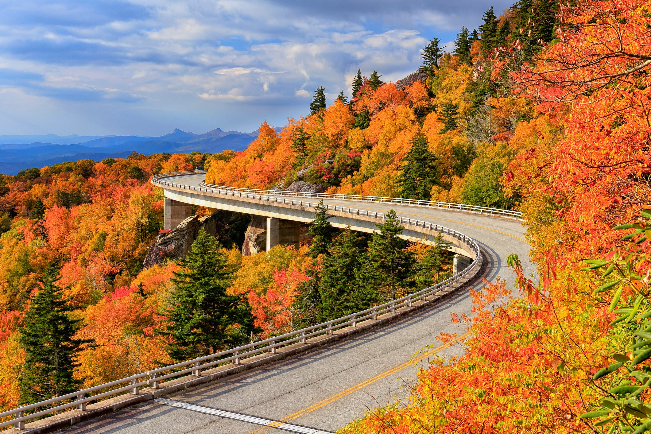 'America's Favorite Drive': Beautiful scenes along the Blue Ridge Parkway