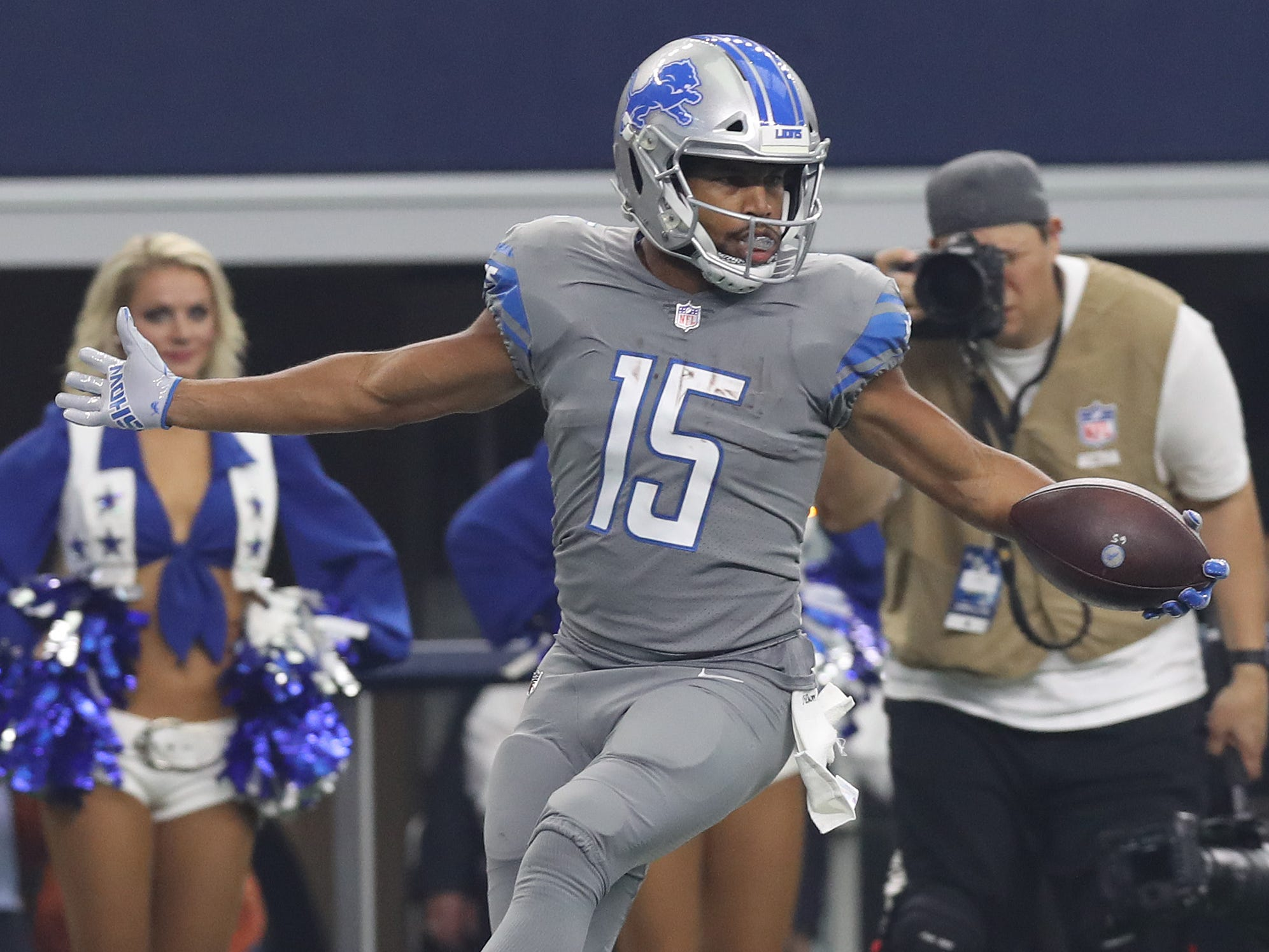New Eagles wideout Golden Tate is up on Cowboys rivalry