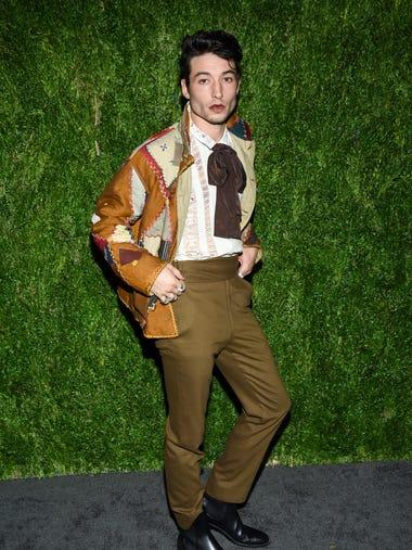 d8d5bee3ff6 Photos  Ezra Miller s outrageous red-carpet fashion