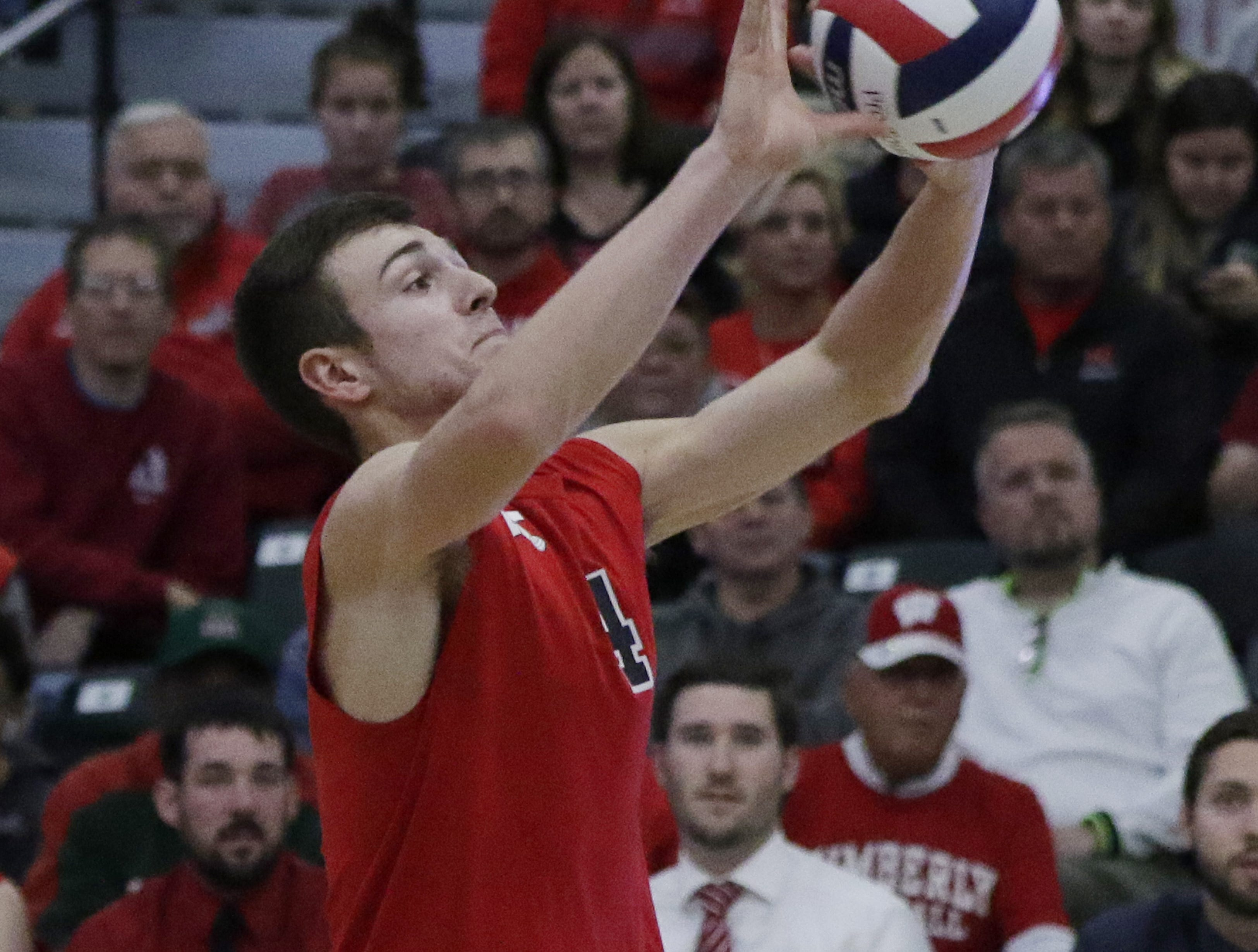 Kimberly's Trey Anderson sets the ball during their game.  Kimberly Papermakers played Germantown Warhawks in Division 1 WIAA State Boys Volleyball Championship, Saturday, November 10, 2018 at Wisconsin Lutheran College in Milwaukee, Wis. Joe Sienkiewicz/USA Today NETWORK-Wisconsin