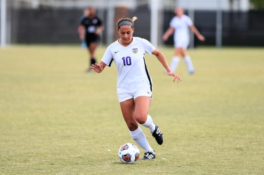 Hardin-Simmons forward Randie Dennison (10) carries the ball against Trinity in the second round of the NCAA Division III tournament at the HSU Soccer Complex.