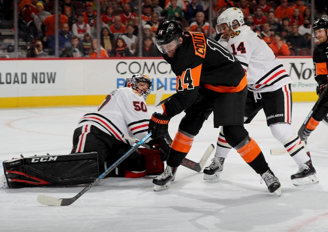Sean Couturier had his first three-point performance of the season in Saturday's 4-0 win over the Chicago Blackhawks.