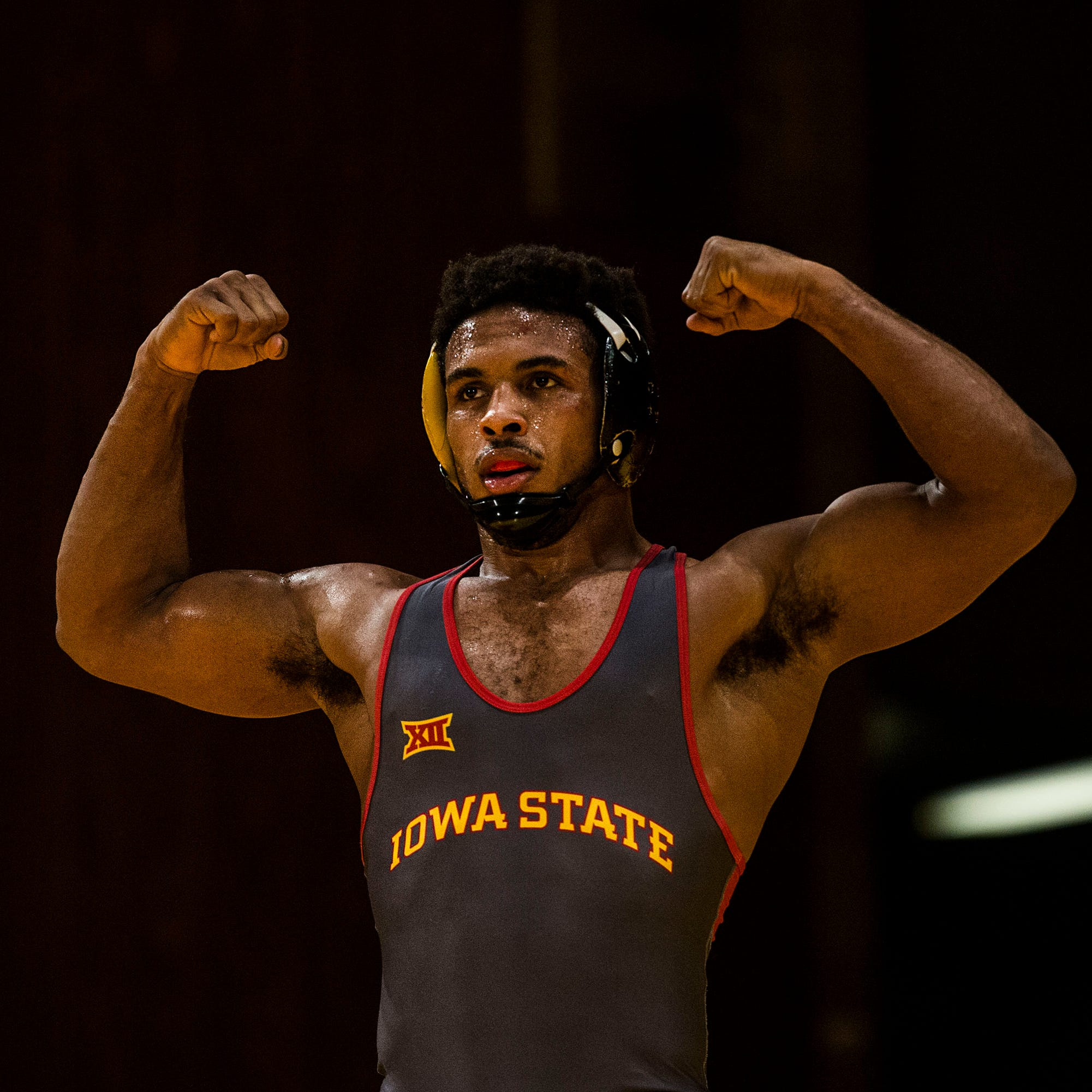 Cyclone wrestlers dominate Ohio in Hilton opener