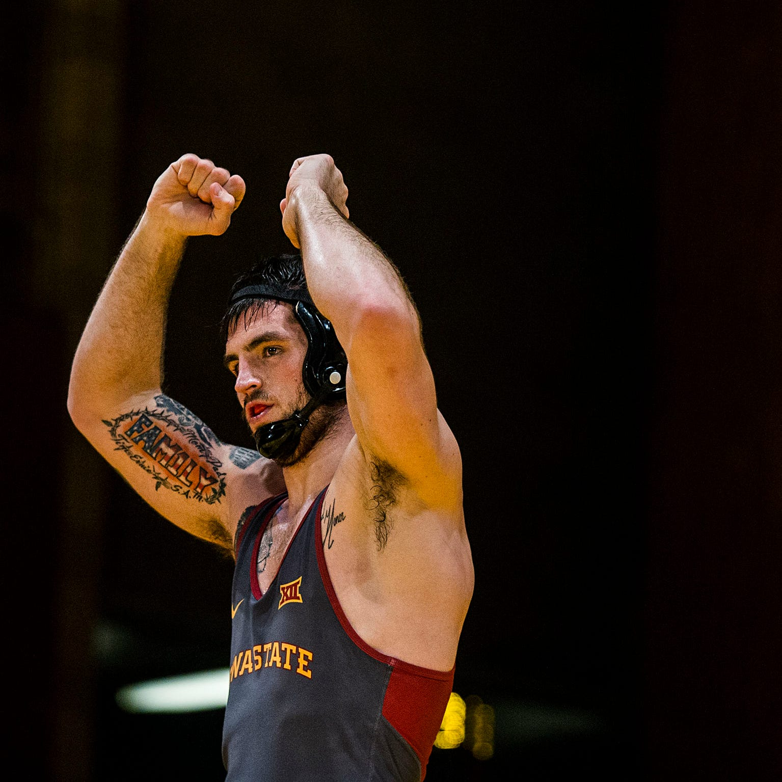 With dad's ALS battle in mind, Willie Miklus gives his all for Iowa State wrestling team