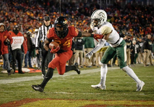 Iowa State running back Johnnie Lang runs into the end zone in the third quarter against Baylor at Jack Trice Stadium in Ames on Saturday, Nov. 10, 2018.