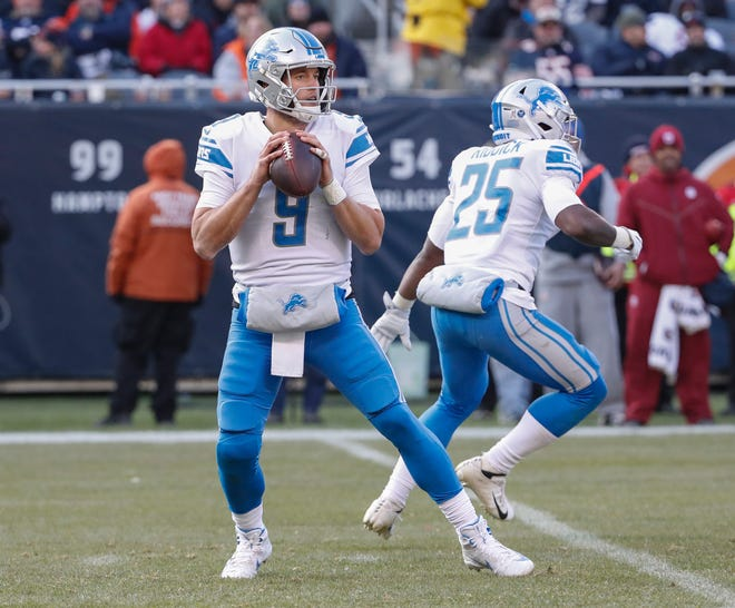Matthew Stafford looks to pass against the Bears last week.