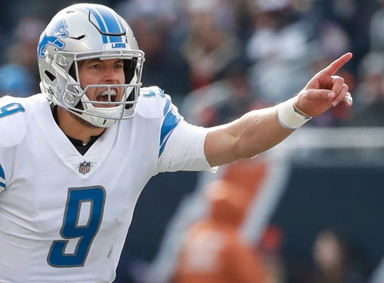 Lions quarterback Matthew Stafford directs his team against the Bears during the first half on Sunday, Nov. 11, 2018, in Chicago.