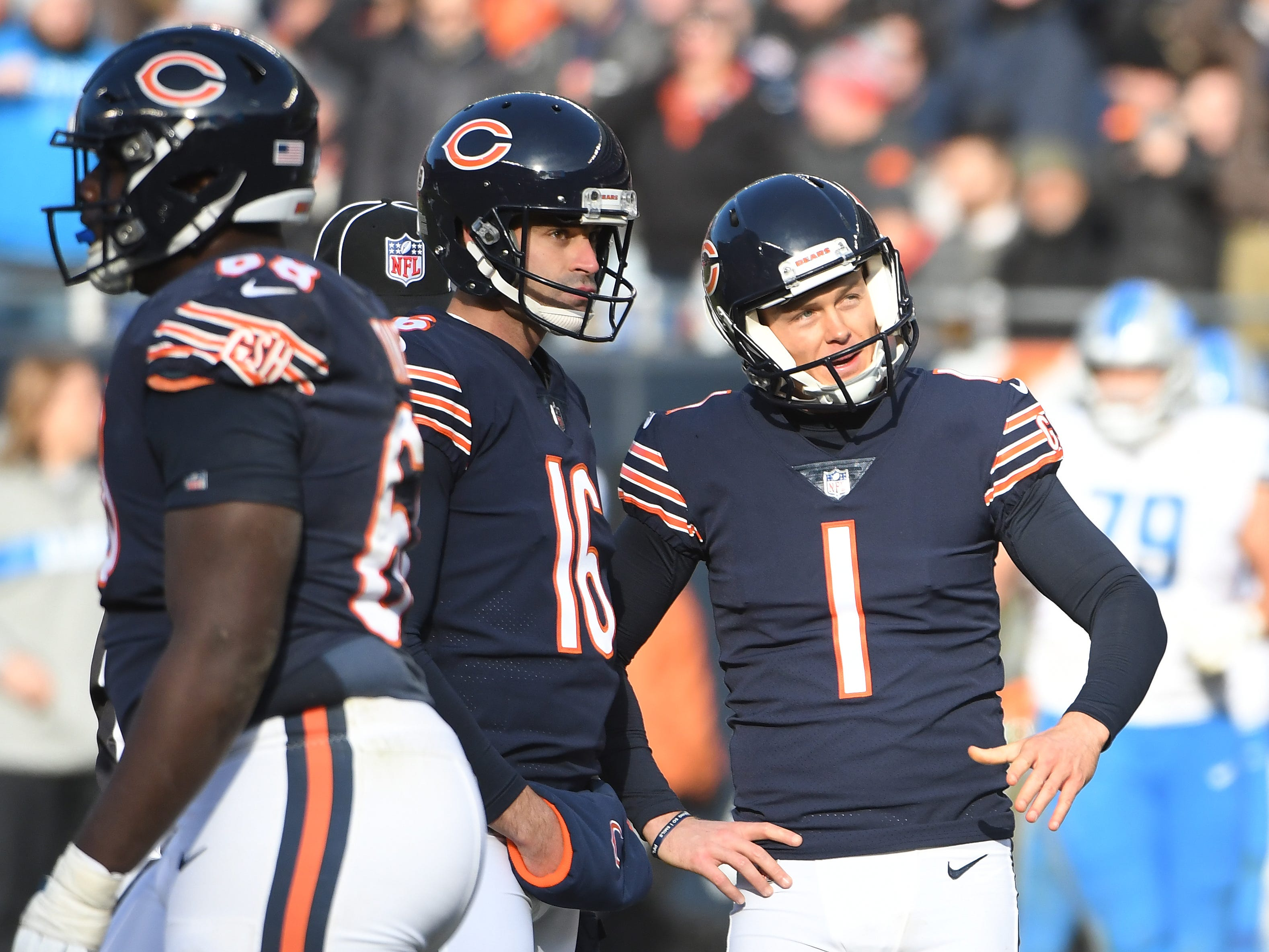 Bears kicker Cody Parkey bangs another kick off the upright for no points in the third quarter.