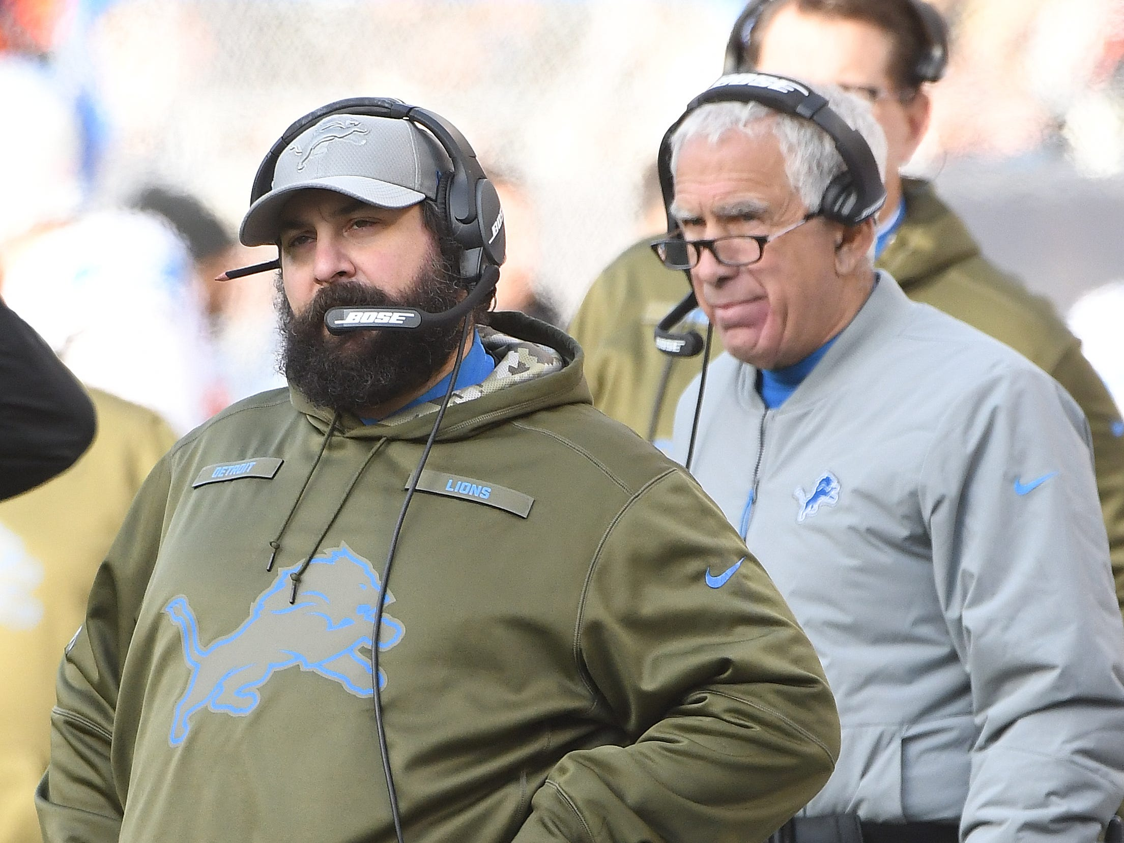 Lions head coach Matt Patricia and defensive coordinator Paul Pasqualoni on the sidelines in the fourth quarter.