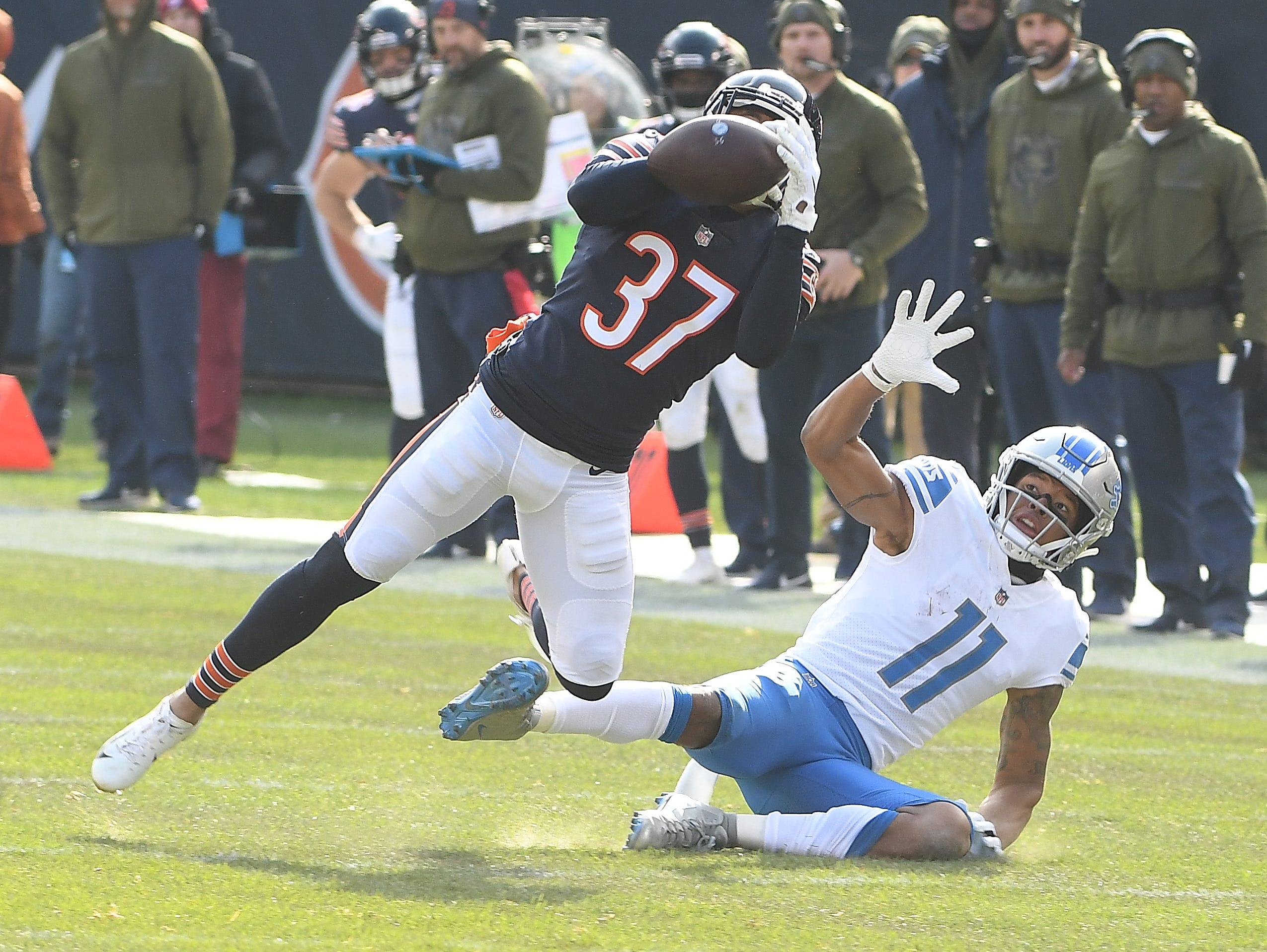Bears' Bryce Callahan picks off a Lions quarterback Matthew Stafford pass intended for wide receiver Marvin Jones Jr. in the second quarter.